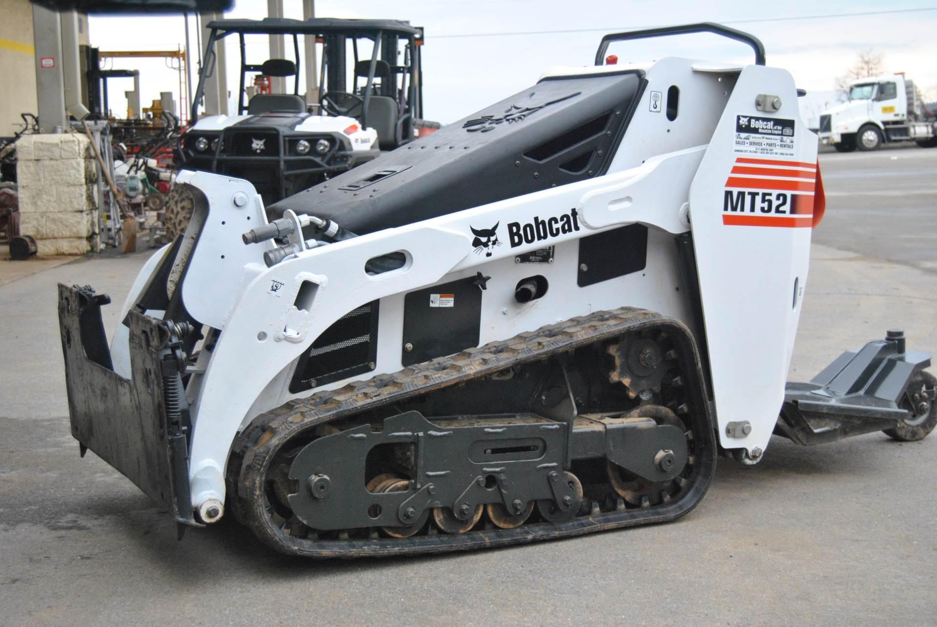 2014 Bobcat MT 52 in Johnson City, Tennessee