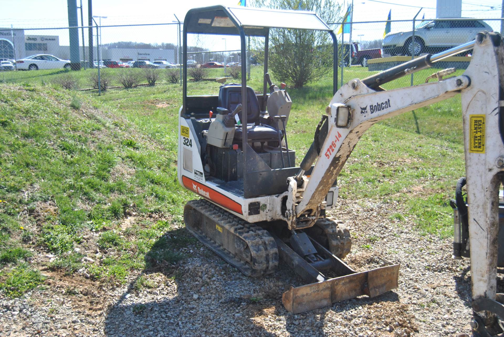 2012 Bobcat 324 in Johnson City, Tennessee