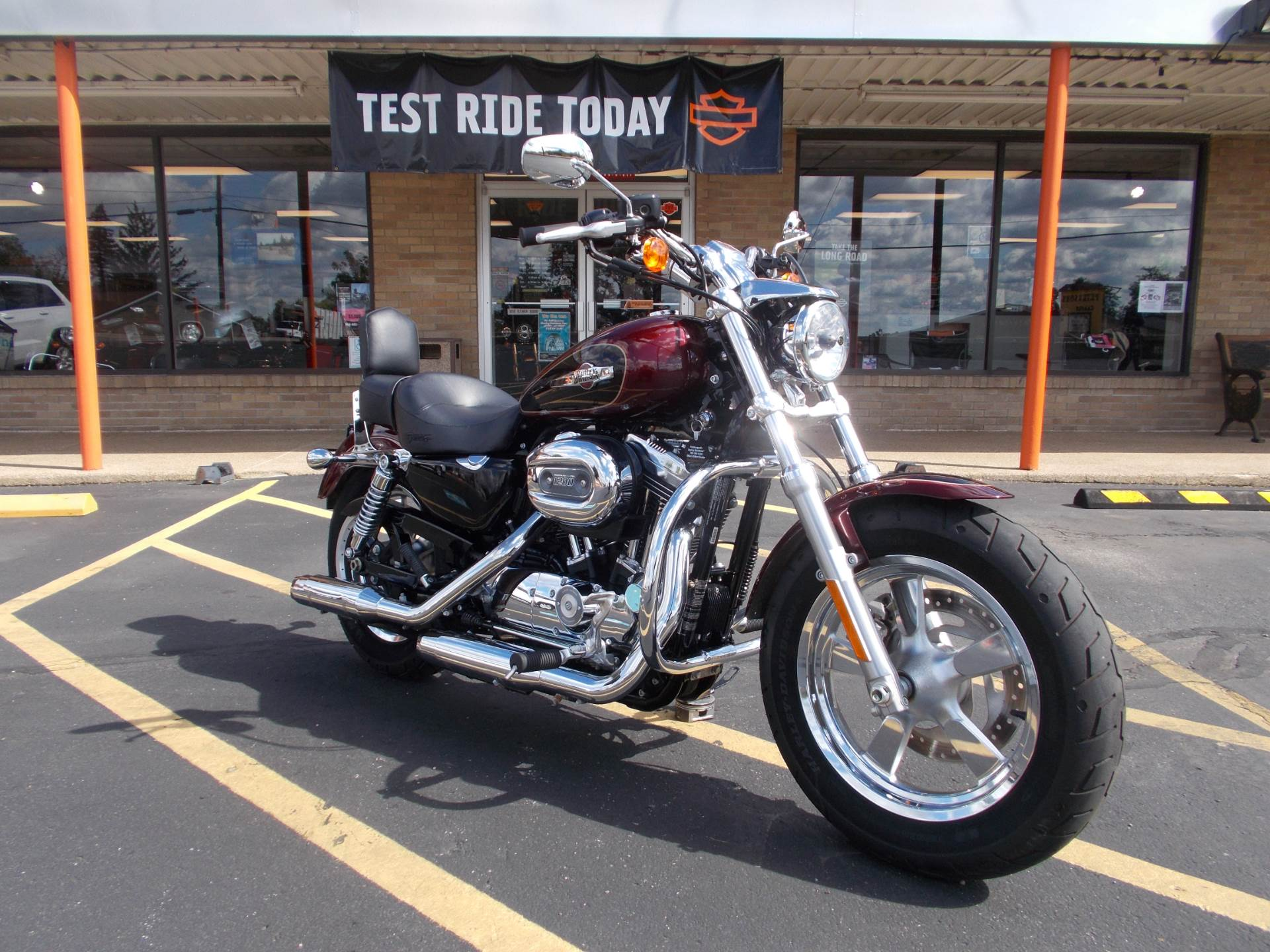 2015 Harley-Davidson 1200 Custom Sportster in Wintersville, Ohio - Photo 3