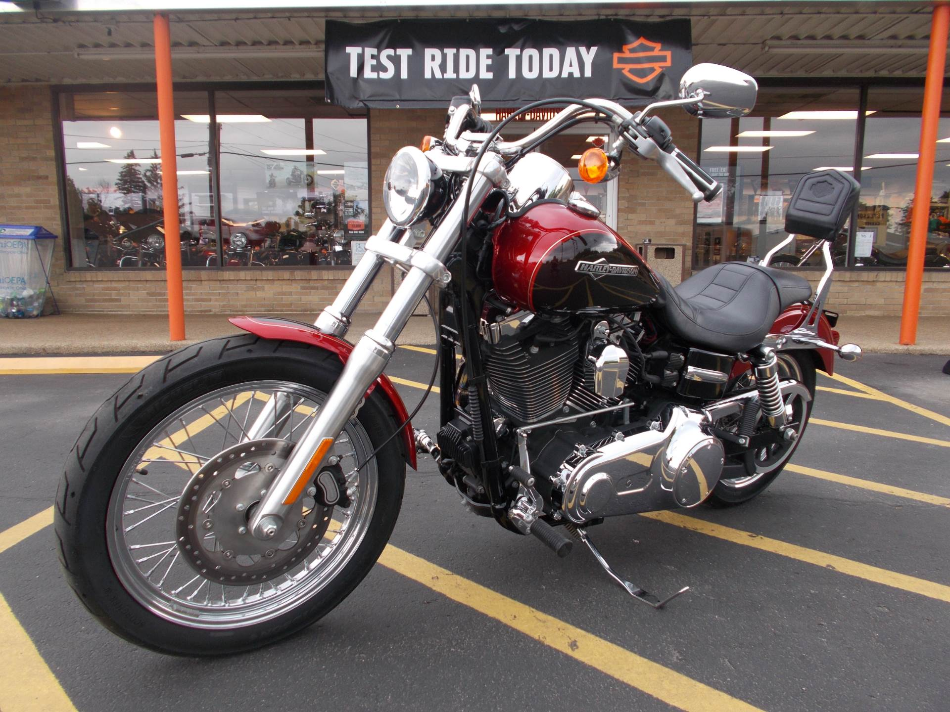 2013 Harley-Davidson Dyna® Super Glide® Custom in Wintersville, Ohio - Photo 2