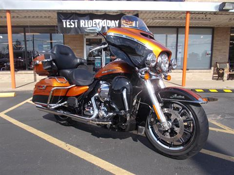 2016 Harley-Davidson Limited Low in Wintersville, Ohio - Photo 2