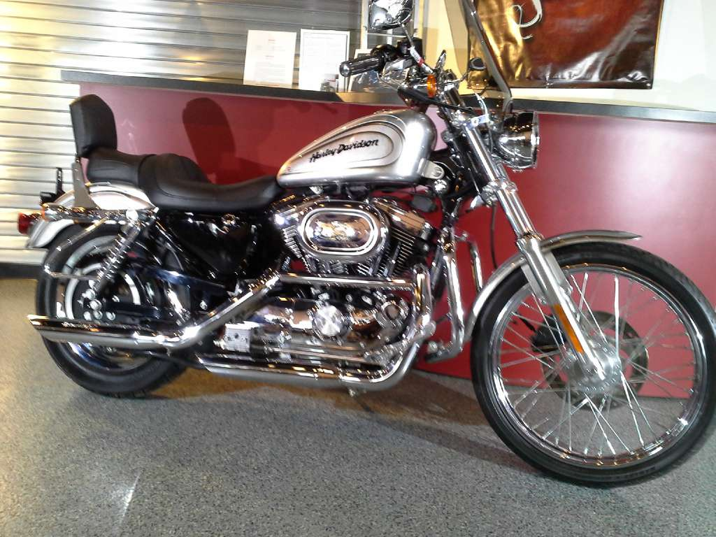 2003 Harley-Davidson XL 1200C Sportster® 1200 Custom in Canton, Ohio - Photo 1
