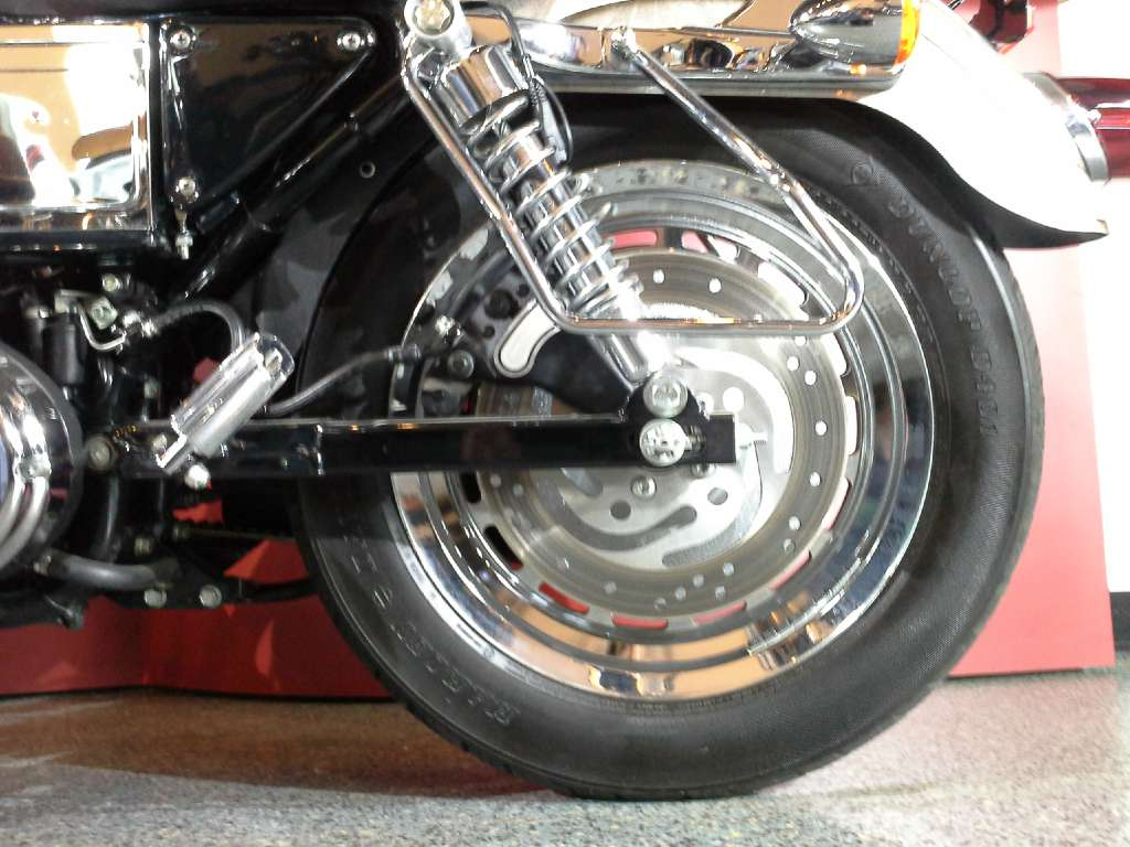2003 Harley-Davidson XL 1200C Sportster® 1200 Custom in Canton, Ohio - Photo 11