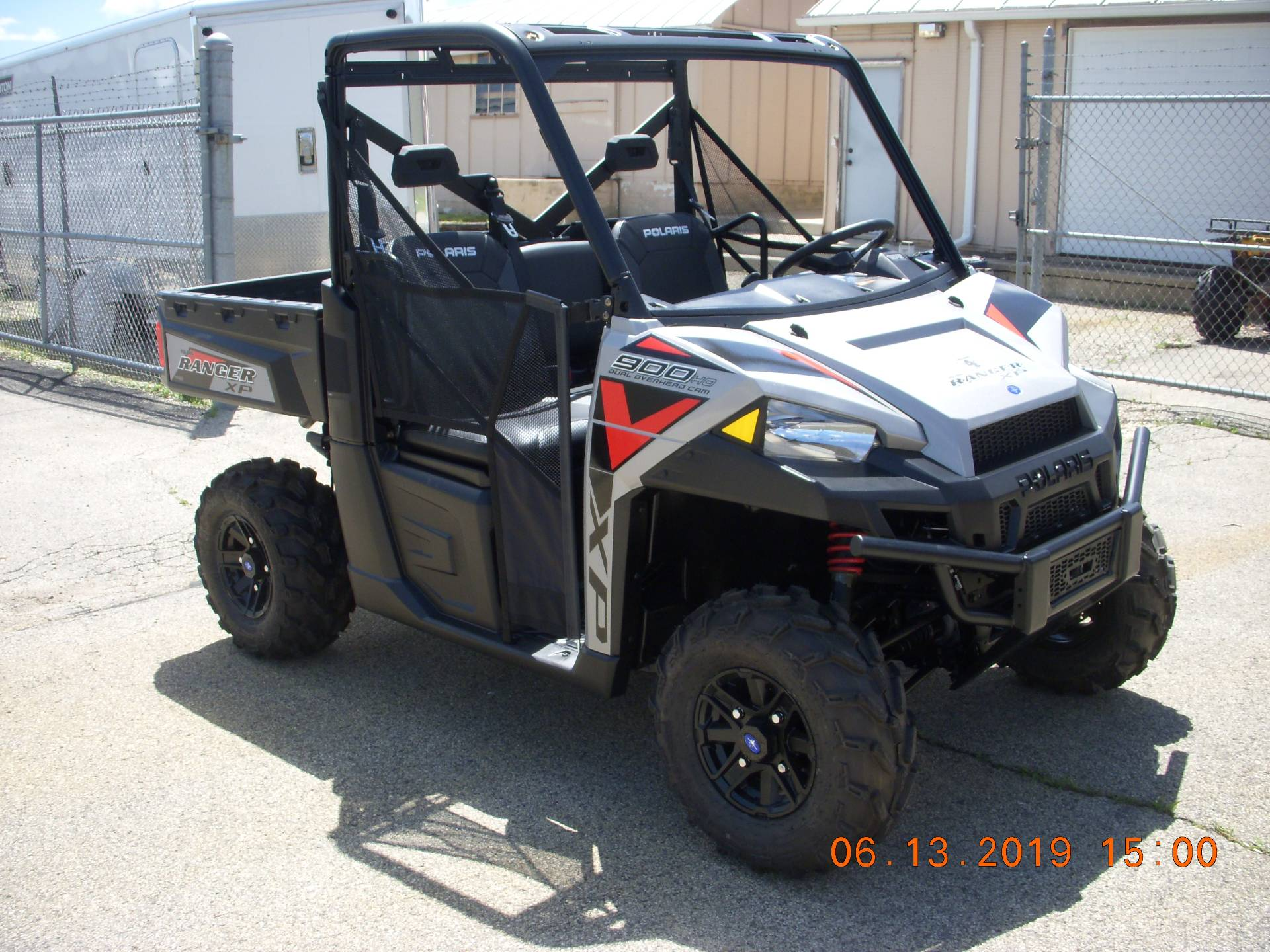 2019 Polaris Ranger XP 900 EPS in Clyman, Wisconsin - Photo 3