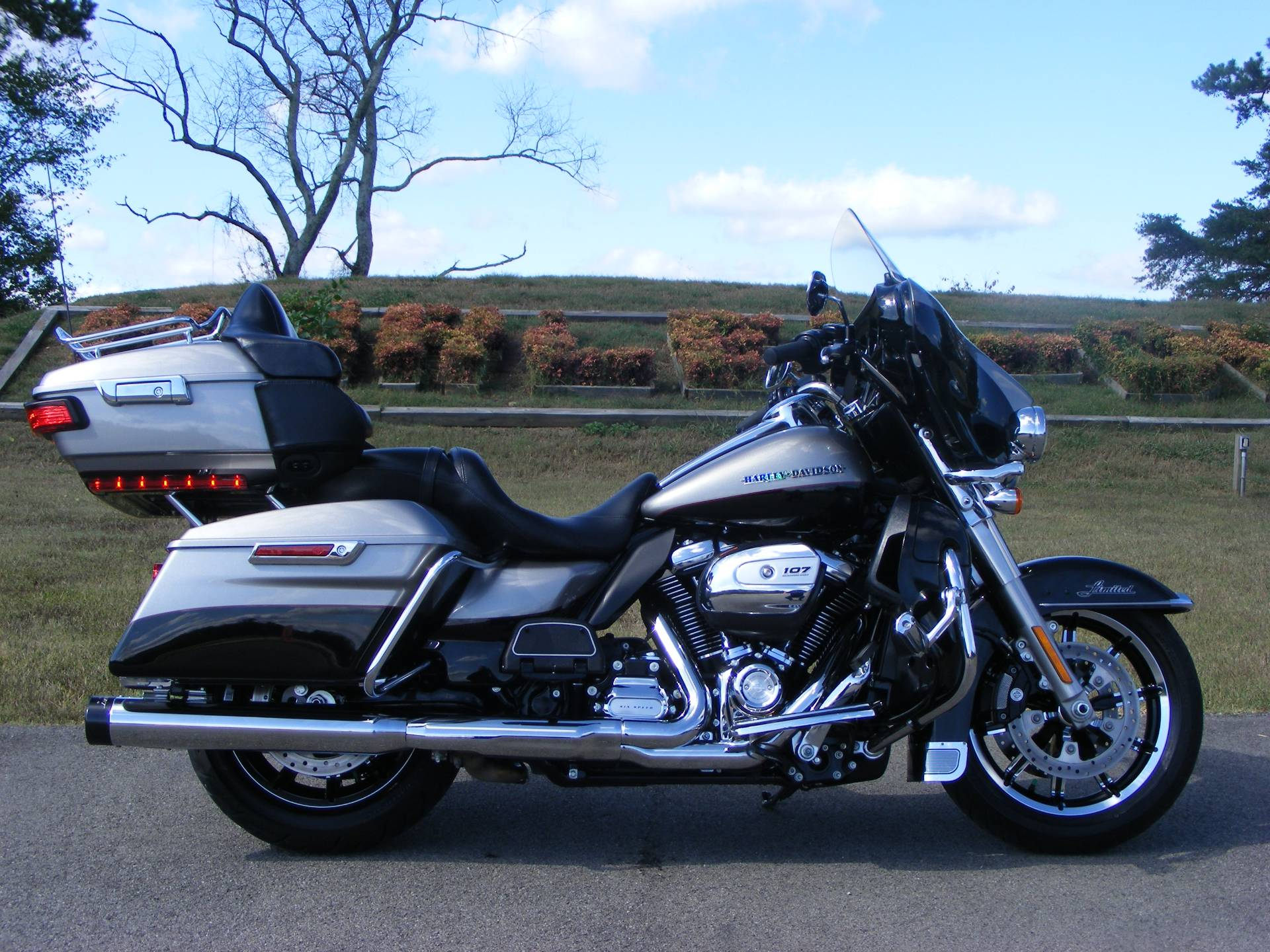 2017 Harley-Davidson Ultra Limited in Morristown, Tennessee - Photo 1