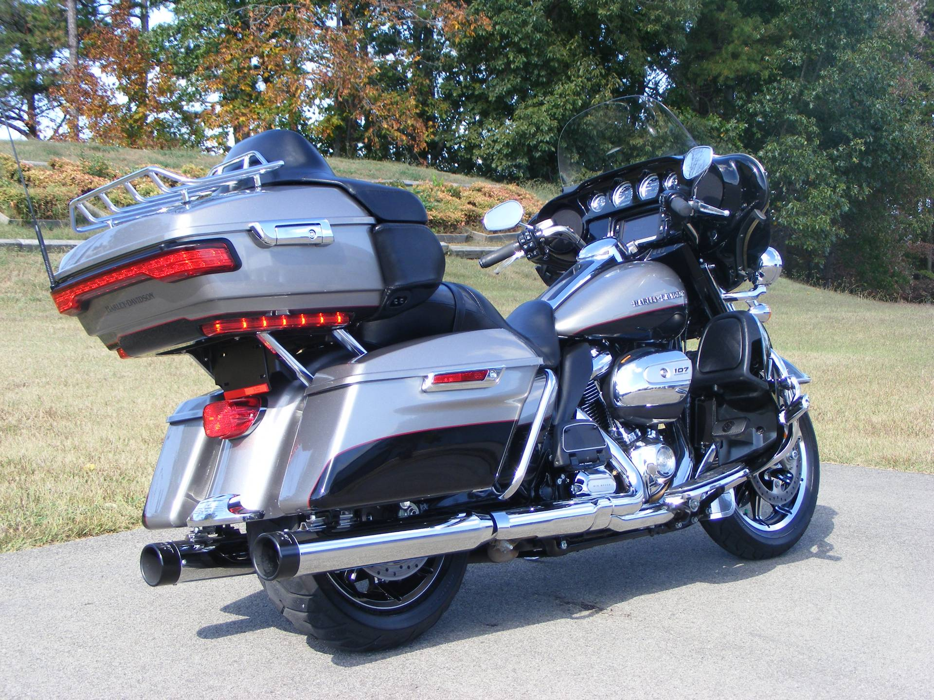 2017 Harley-Davidson Ultra Limited in Morristown, Tennessee - Photo 3