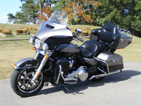 2017 Harley-Davidson Ultra Limited in Morristown, Tennessee - Photo 6