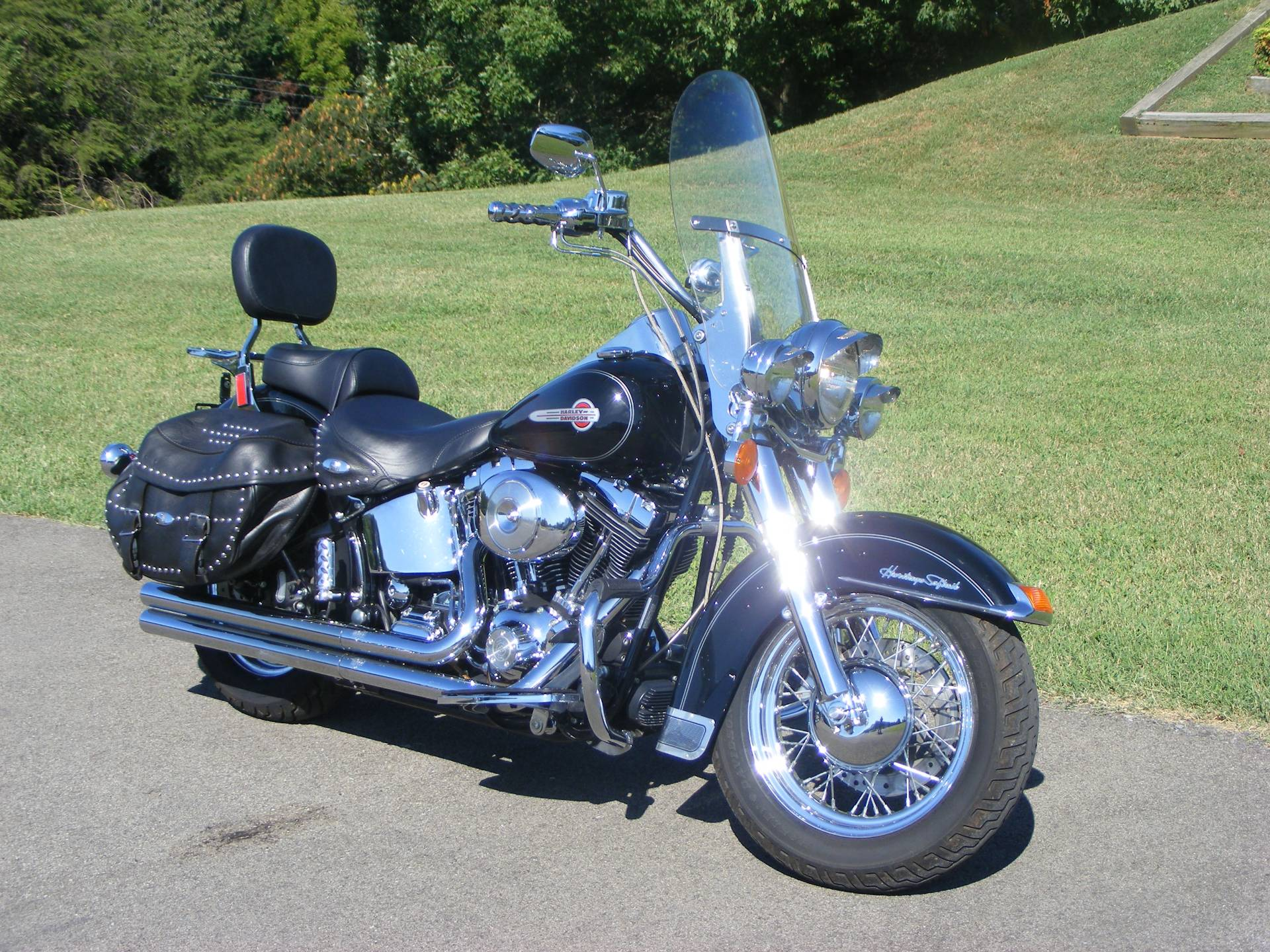 2004 Harley-Davidson Heritage Softail Classic in Morristown, Tennessee - Photo 2