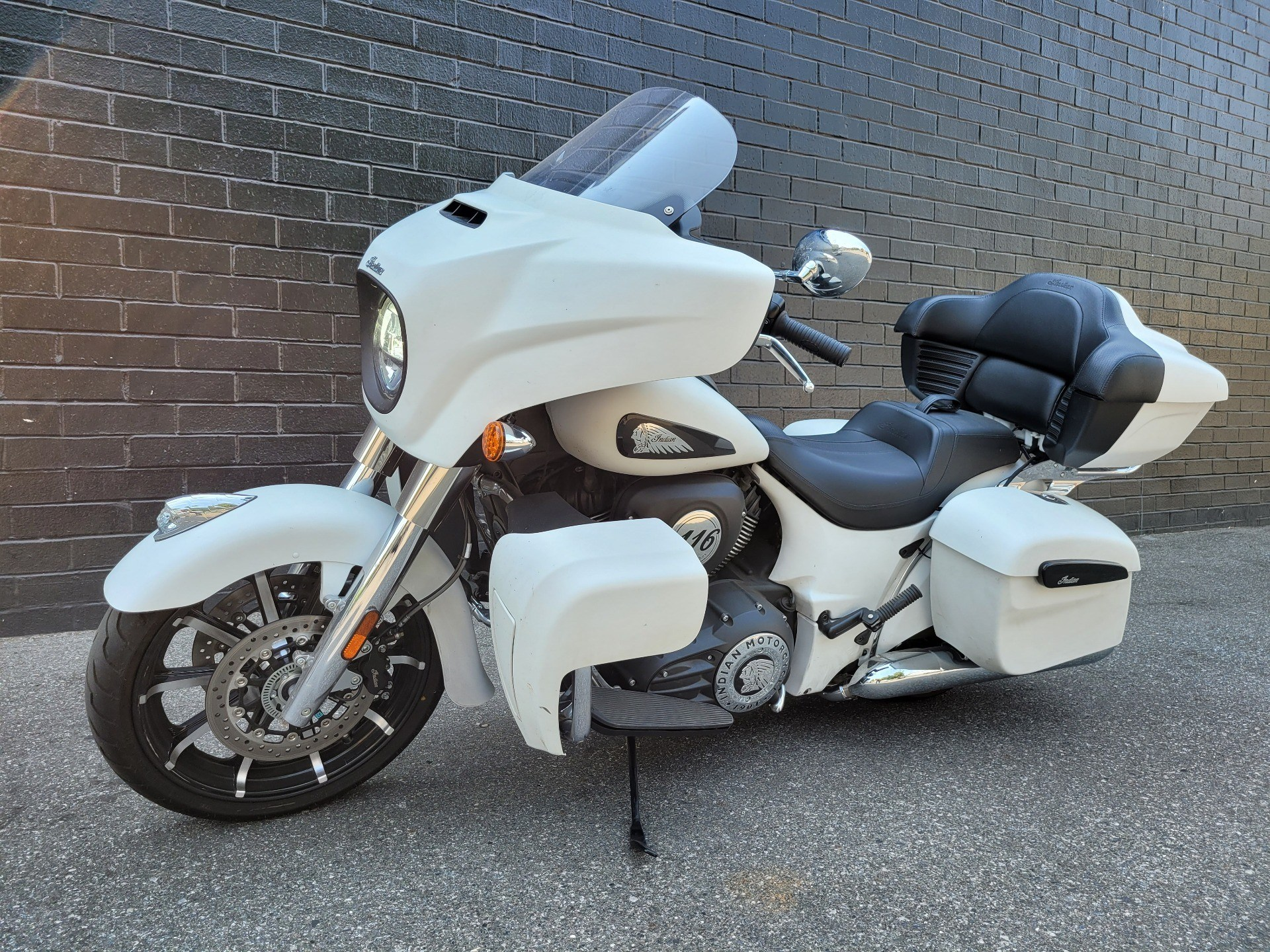 2020 Indian Roadmaster® Dark Horse® in San Jose, California - Photo 5