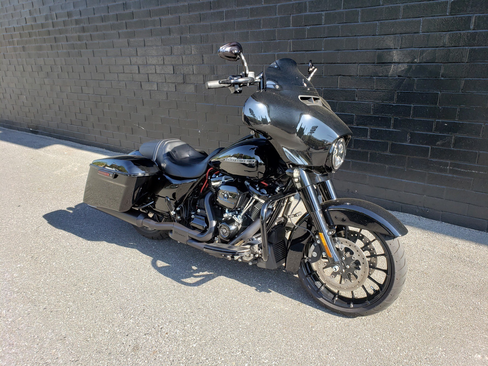2018 Harley-Davidson Street Glide® Special in San Jose, California - Photo 2