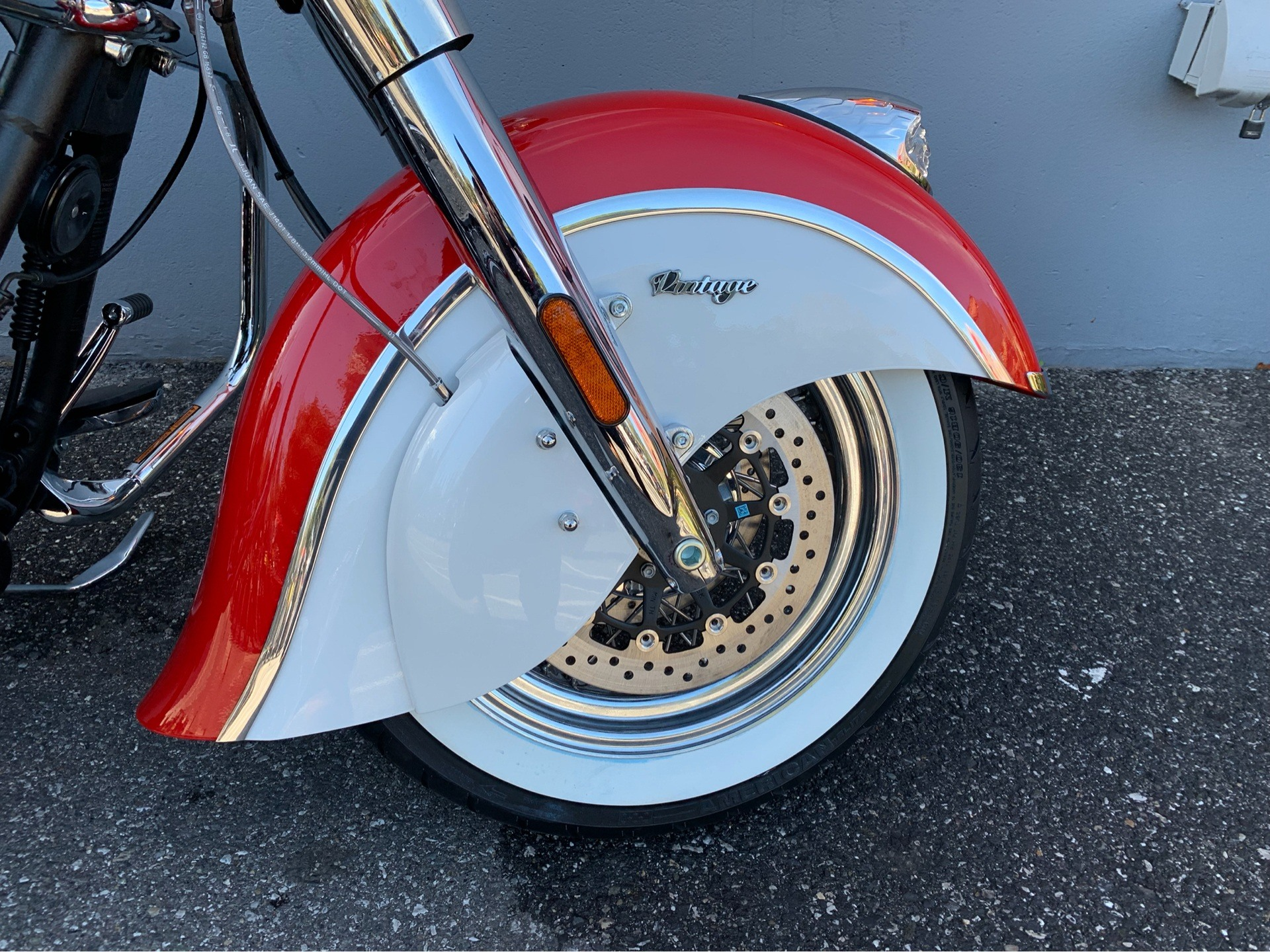 2019 Indian Chief® Vintage Icon Series in San Jose, California - Photo 6