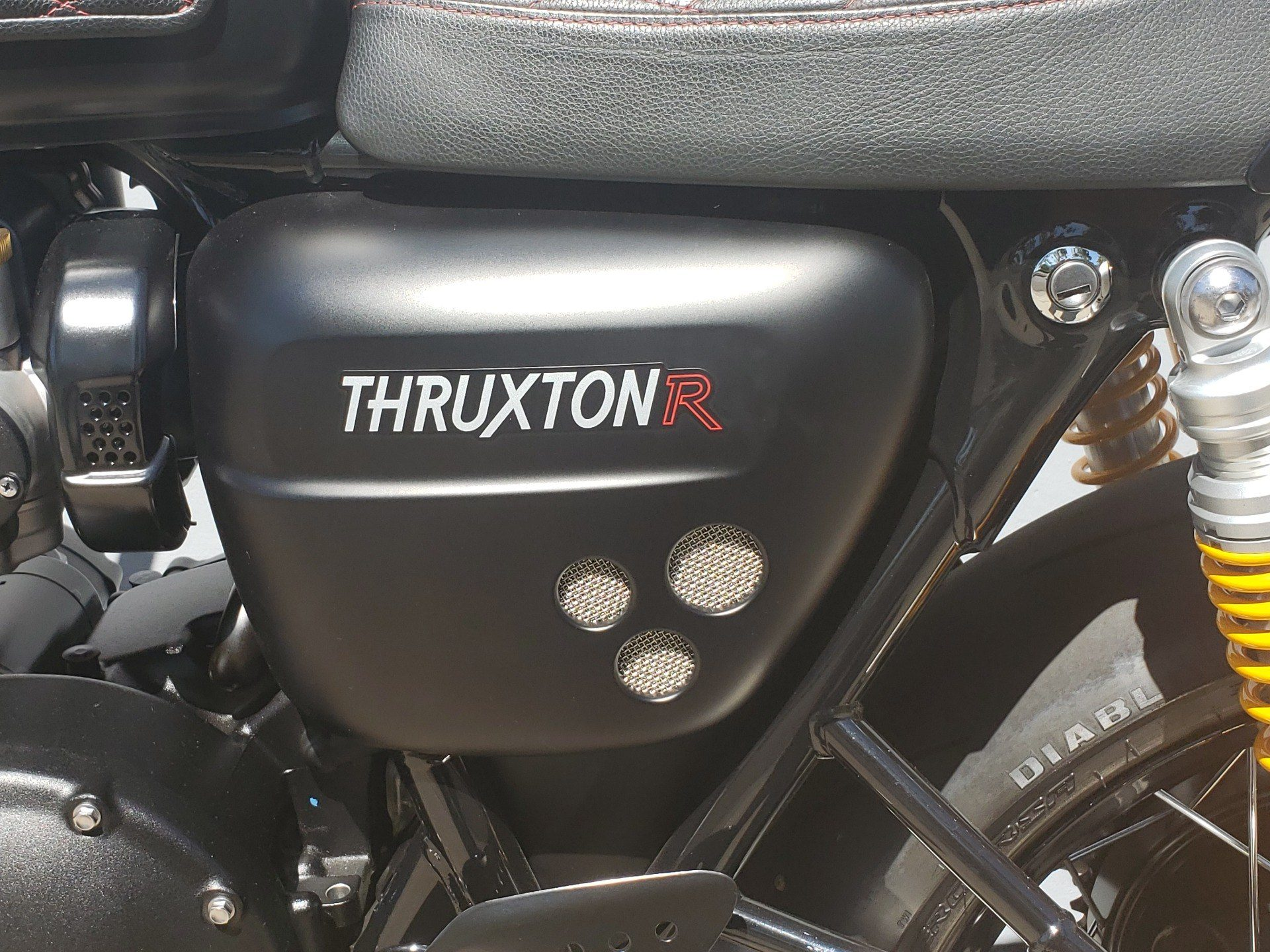 2017 Triumph Thruxton 1200 R in San Jose, California - Photo 6