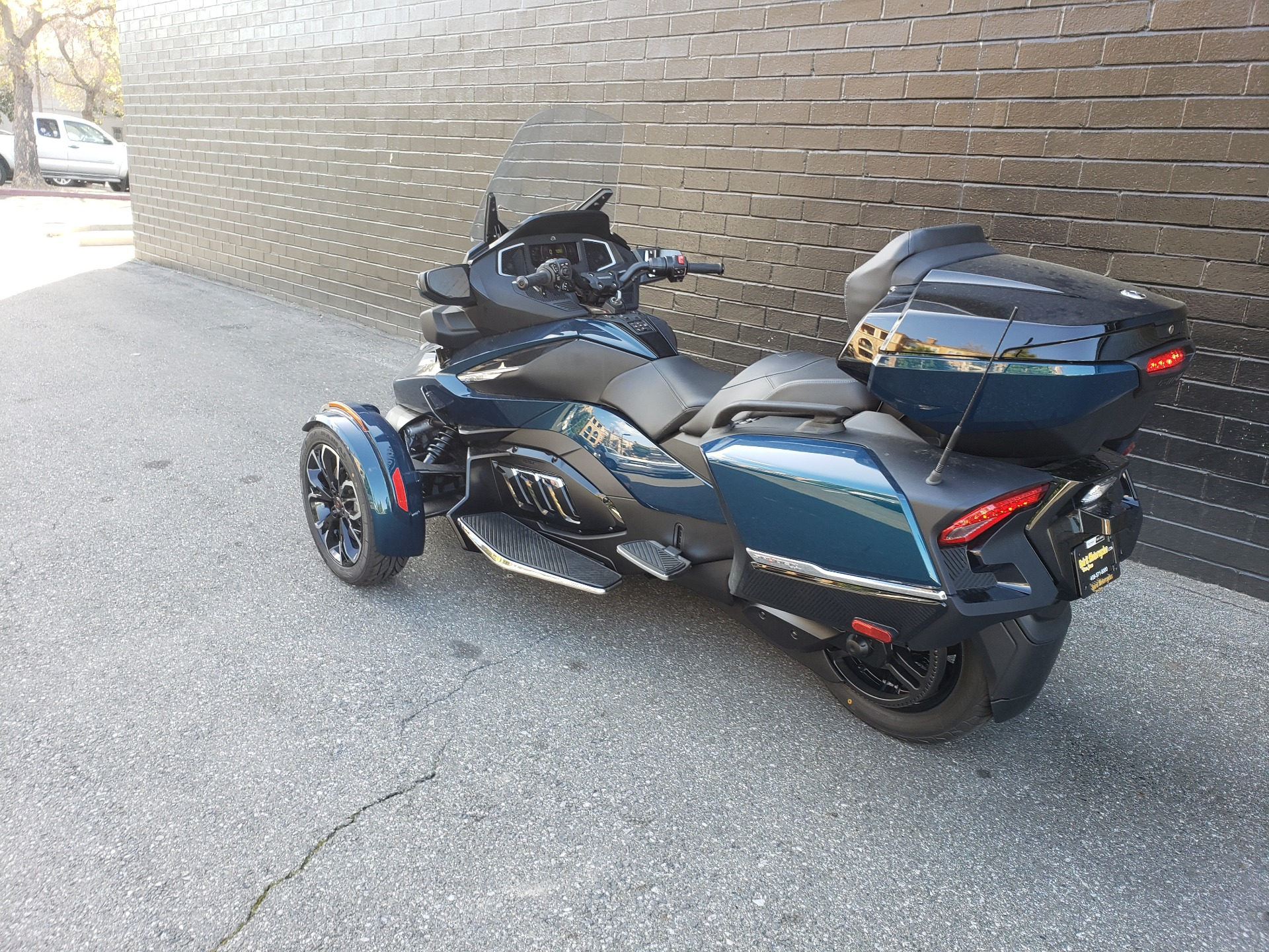 2021 Can-Am Spyder RT Limited in San Jose, California - Photo 3