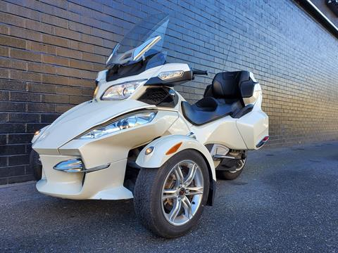 2011 Can-Am Spyder® RT Limited in San Jose, California - Photo 5