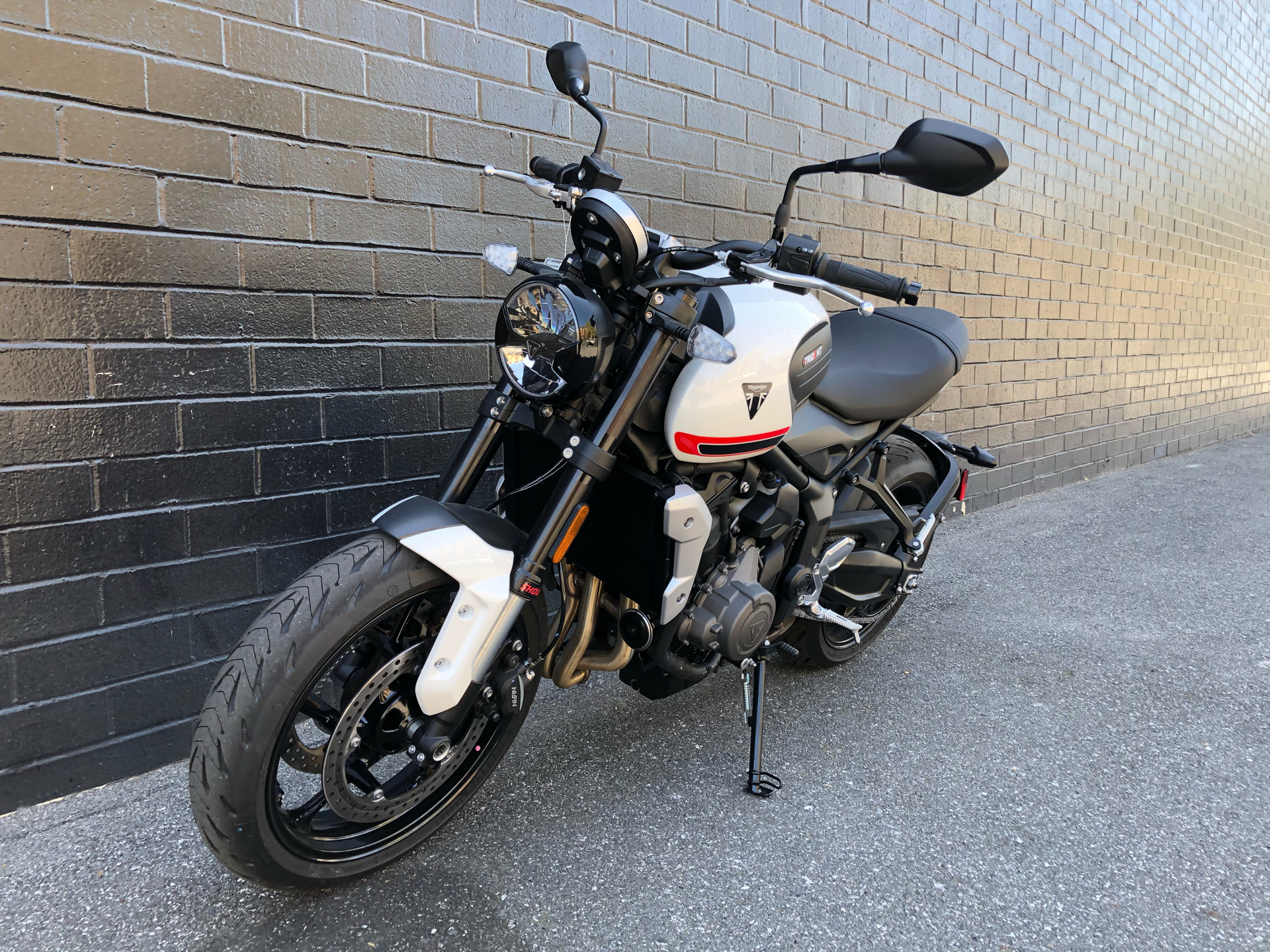 2022 Triumph Trident 660 in San Jose, California - Photo 6