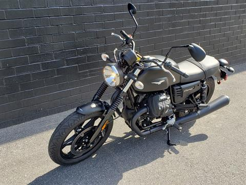 2019 Moto Guzzi V7III STONE in San Jose, California - Photo 10