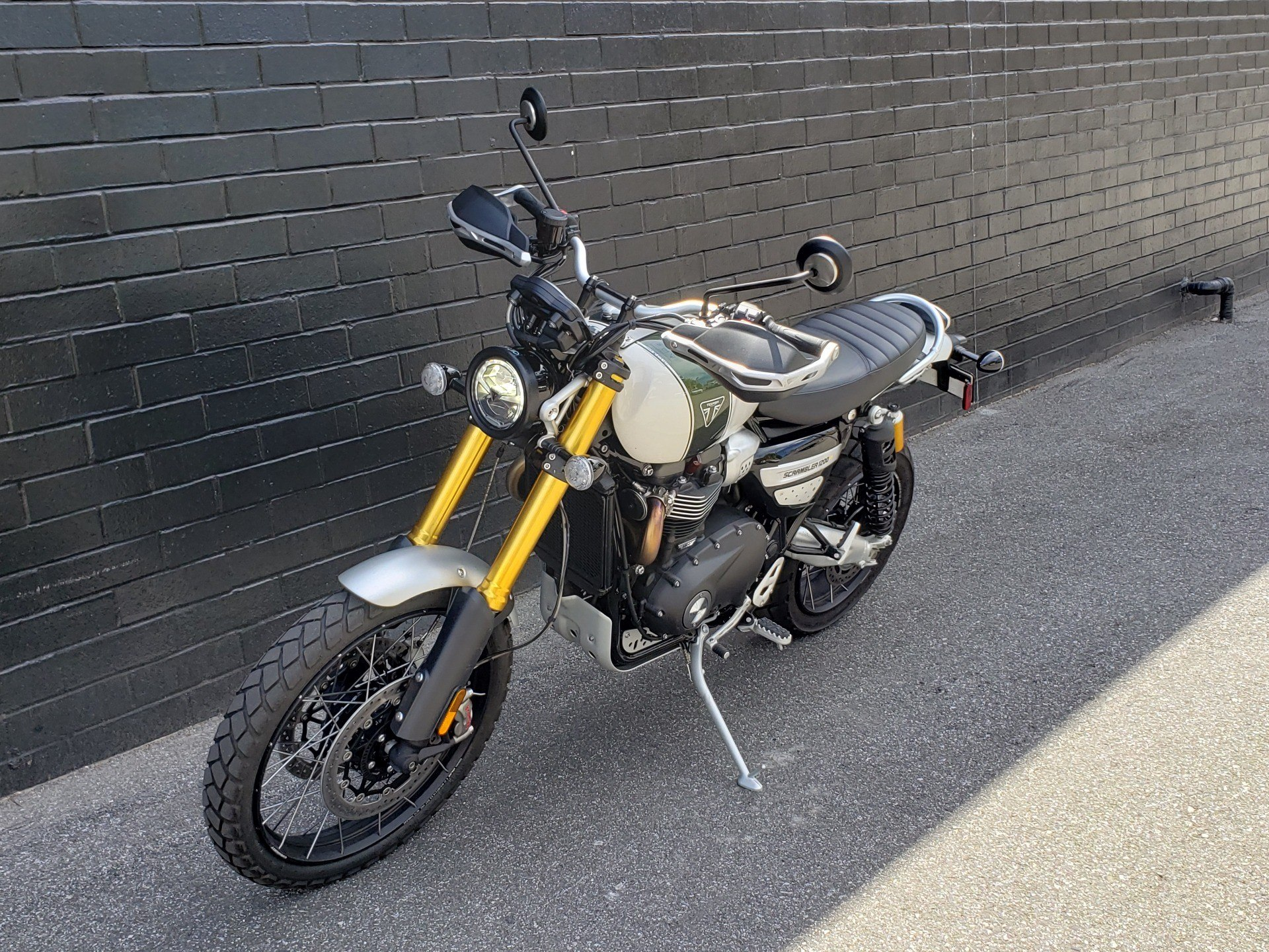 2019 Triumph Scrambler 1200 XE in San Jose, California - Photo 9