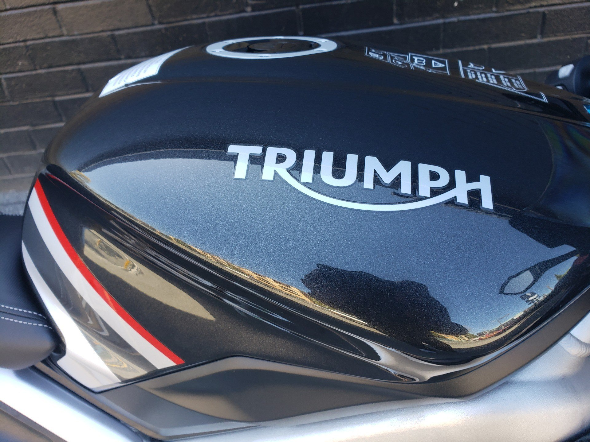 2020 Triumph Daytona Moto 2 Limited Edition in San Jose, California - Photo 7