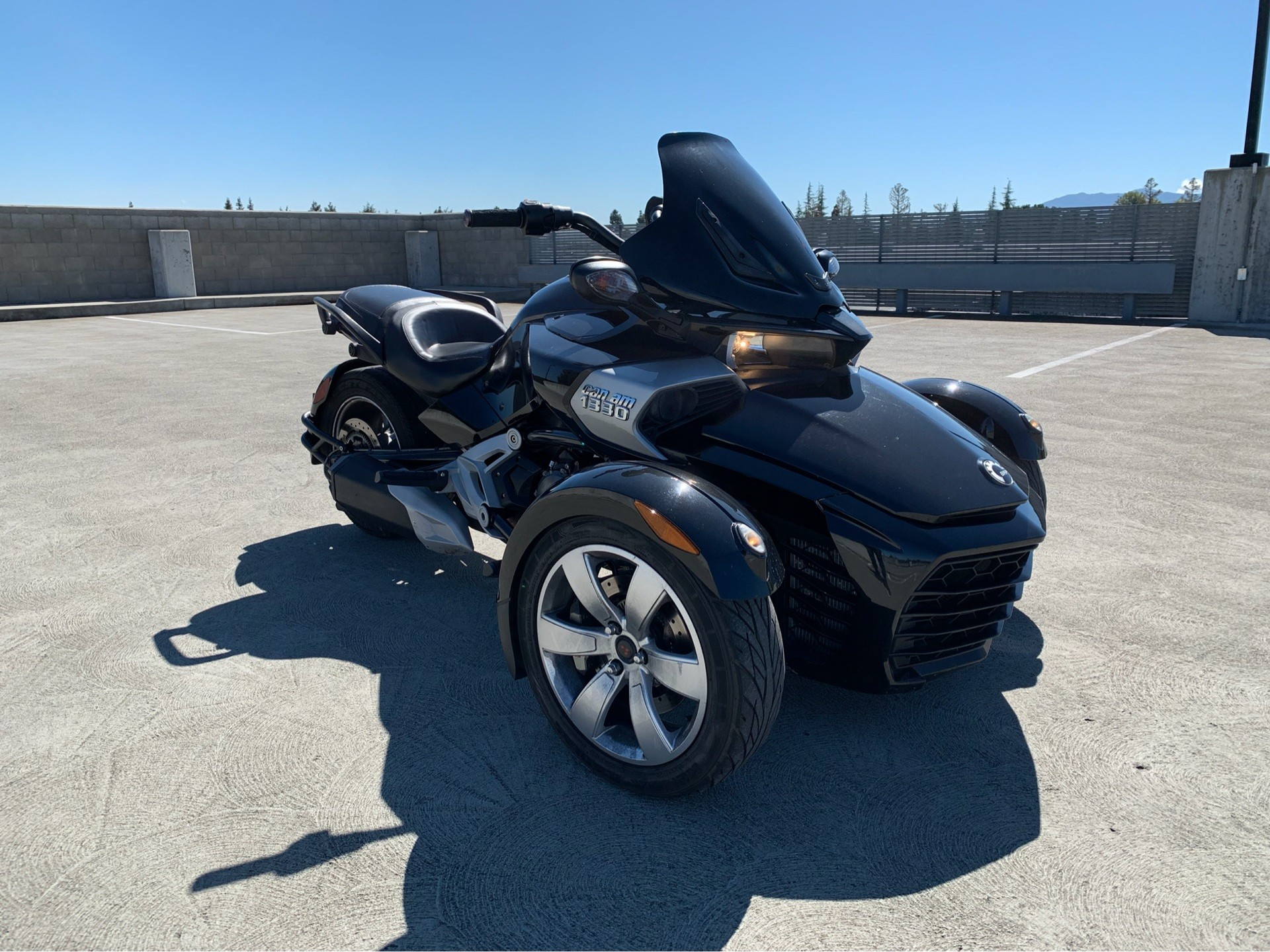 2015 Can-Am Spyder® F3-S SM6 in San Jose, California - Photo 2