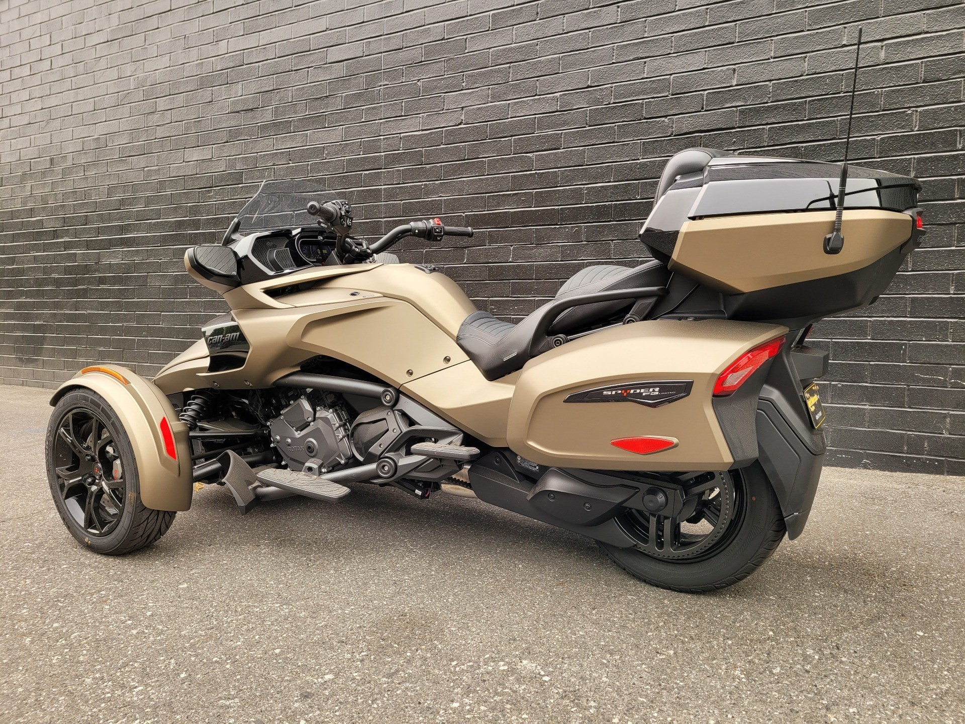 2020 Can-Am Spyder F3 Limited in San Jose, California - Photo 6