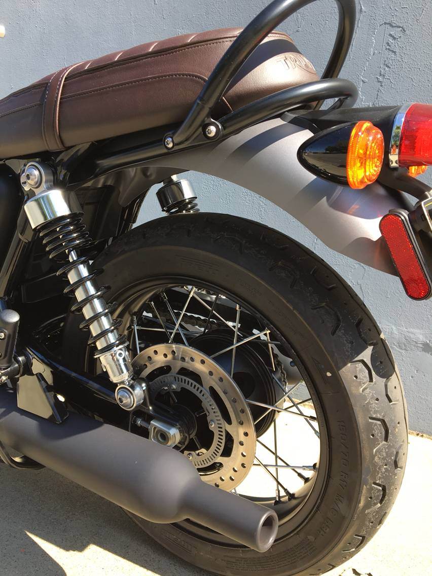 2018 Triumph Bonneville T120 Black in San Jose, California - Photo 3