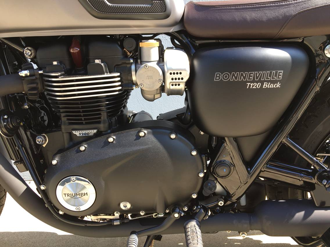 2018 Triumph Bonneville T120 Black in San Jose, California - Photo 4