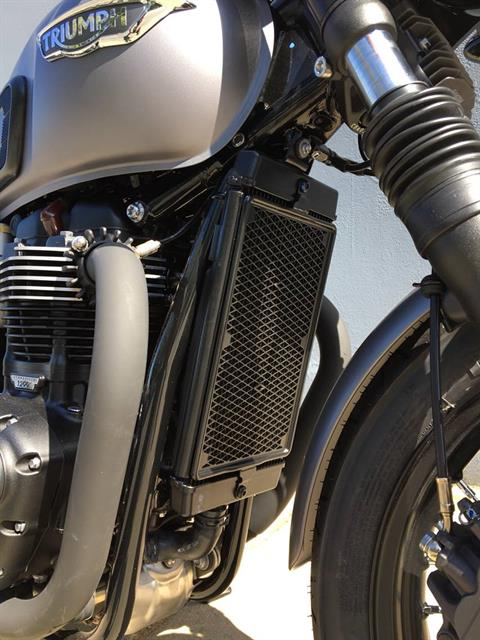 2018 Triumph Bonneville T120 Black in San Jose, California - Photo 9