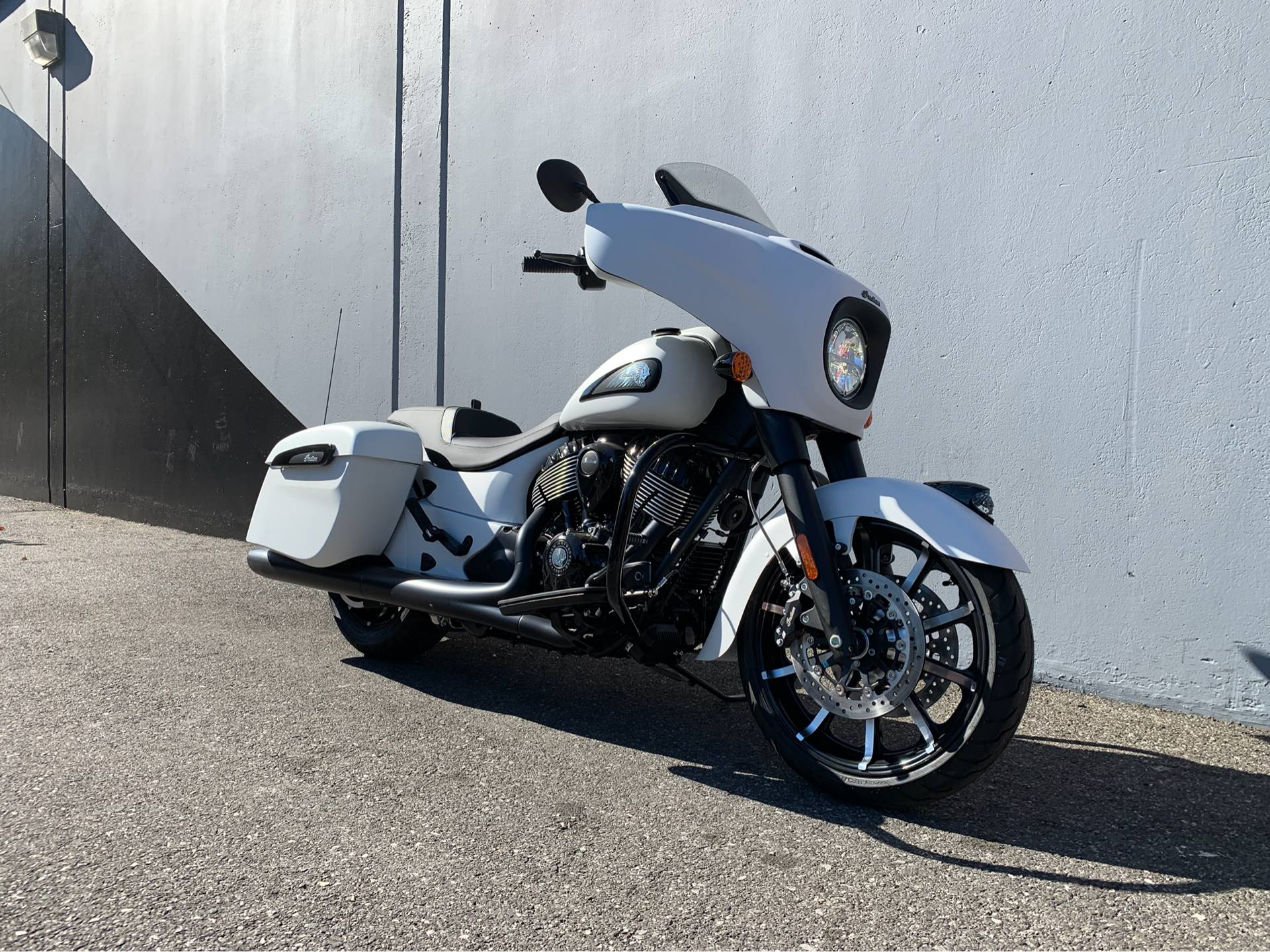 2019 Indian Chieftain Dark Horse® ABS in San Jose, California - Photo 2
