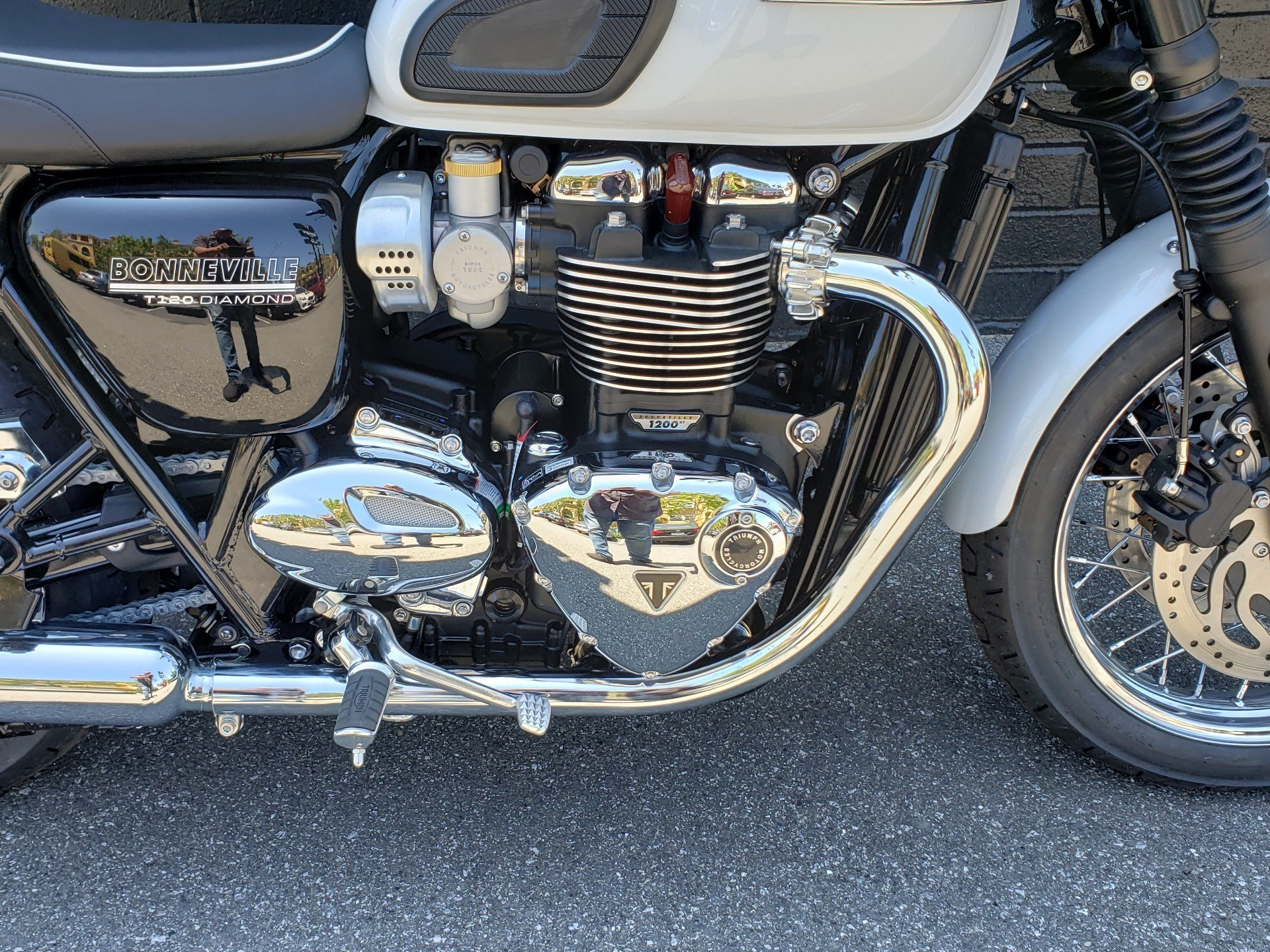 2020 Triumph Bonneville T120 Diamond Edition in San Jose, California - Photo 9