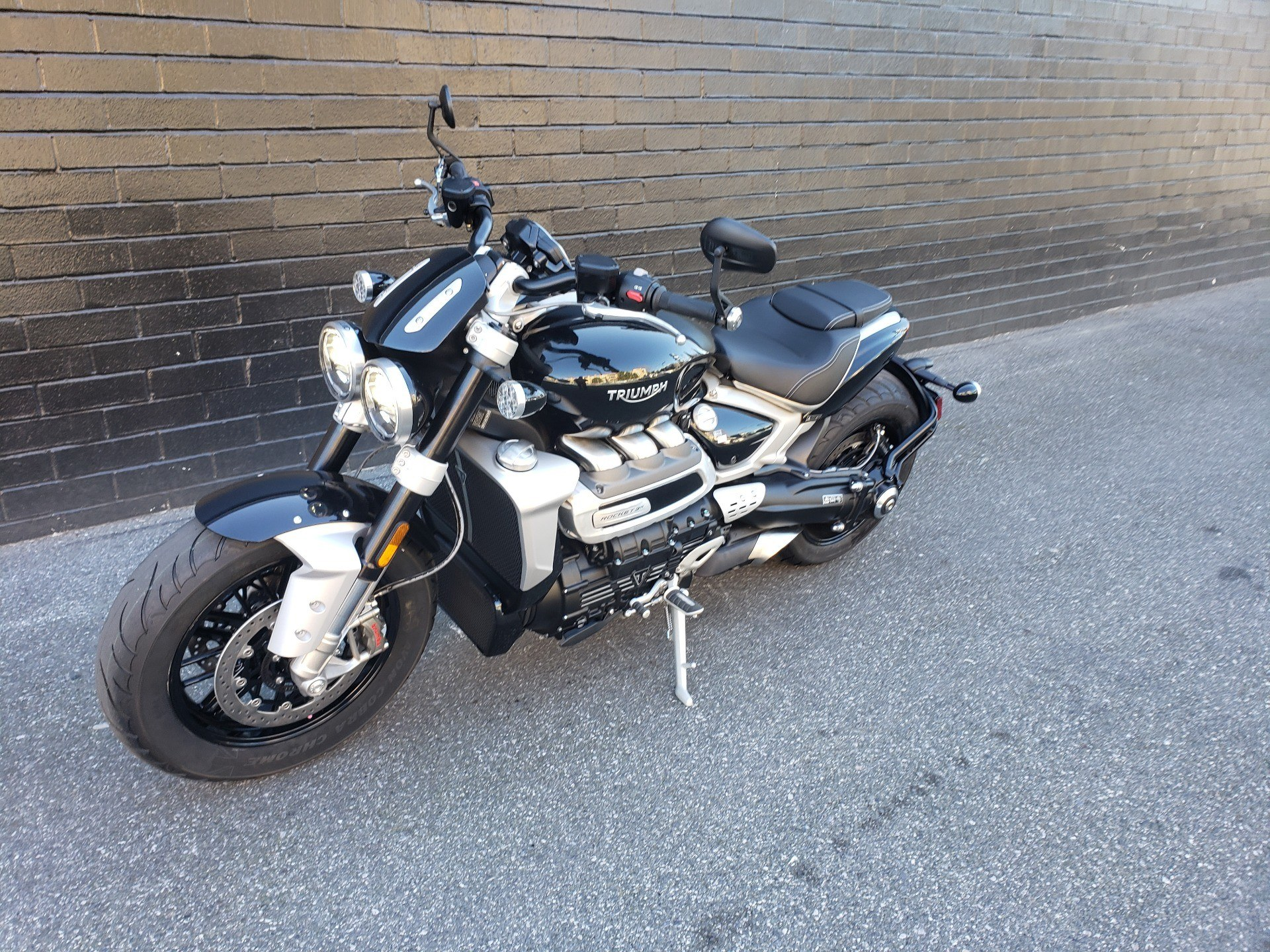 2020 Triumph Rocket 3 R in San Jose, California - Photo 2