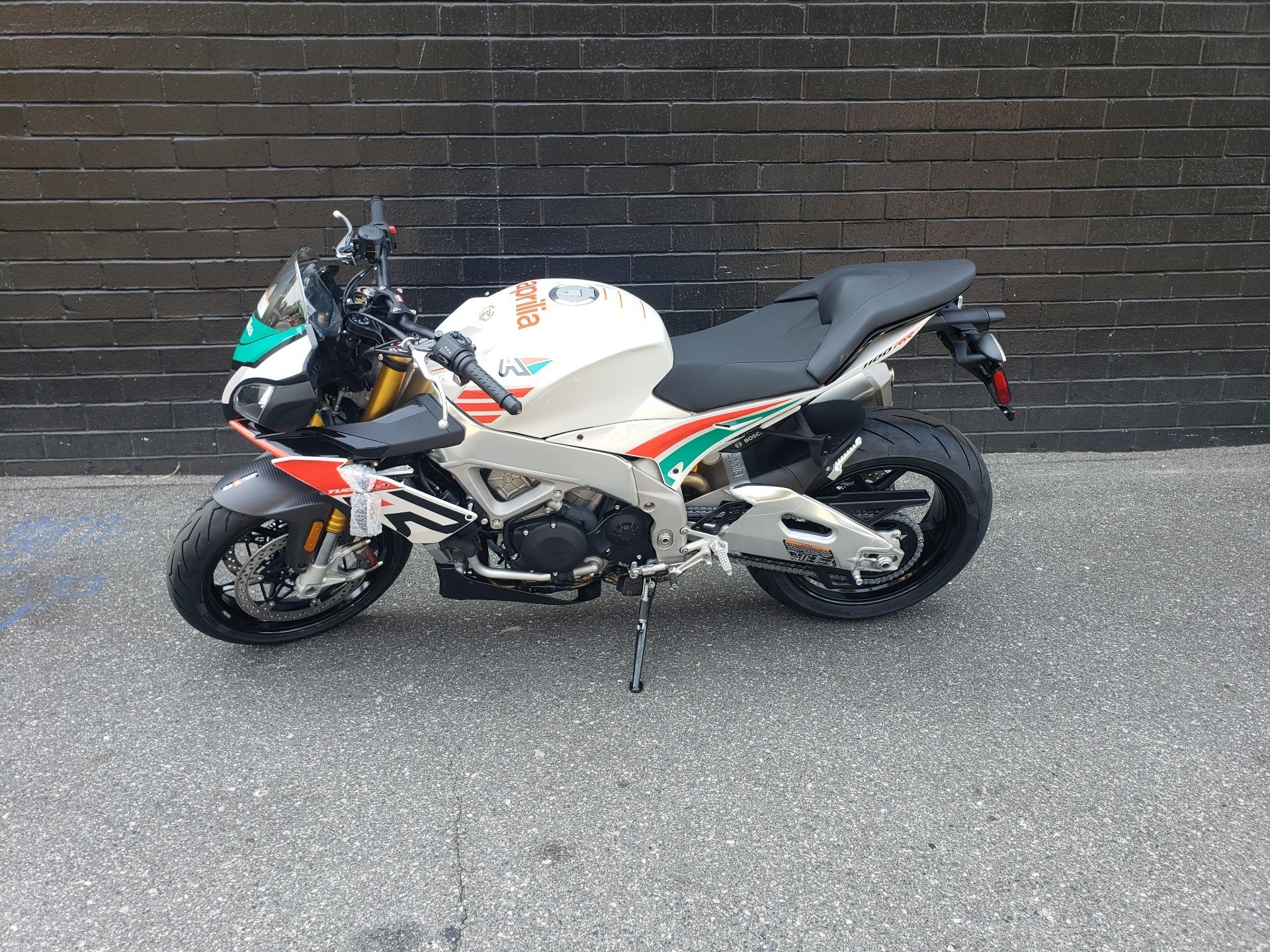 2020 Aprilia Tuono V4 1100 RR Misano Limited Edition in San Jose, California - Photo 7