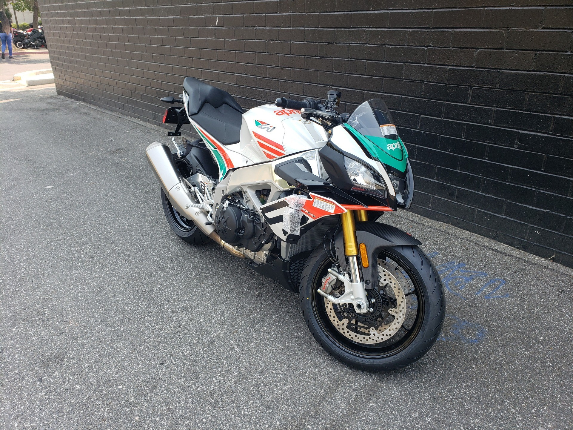 2020 Aprilia Tuono V4 1100 RR Misano Limited Edition in San Jose, California - Photo 4