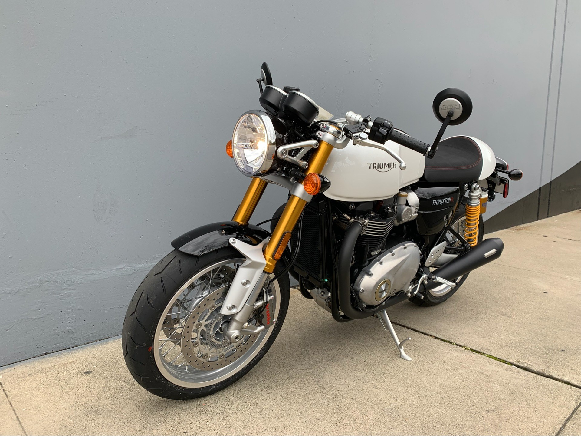2019 Triumph Thruxton 1200 R in San Jose, California - Photo 3