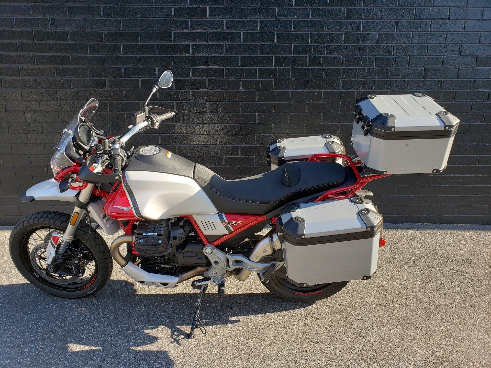 2020 Moto Guzzi V85 TT Adventure in San Jose, California - Photo 6