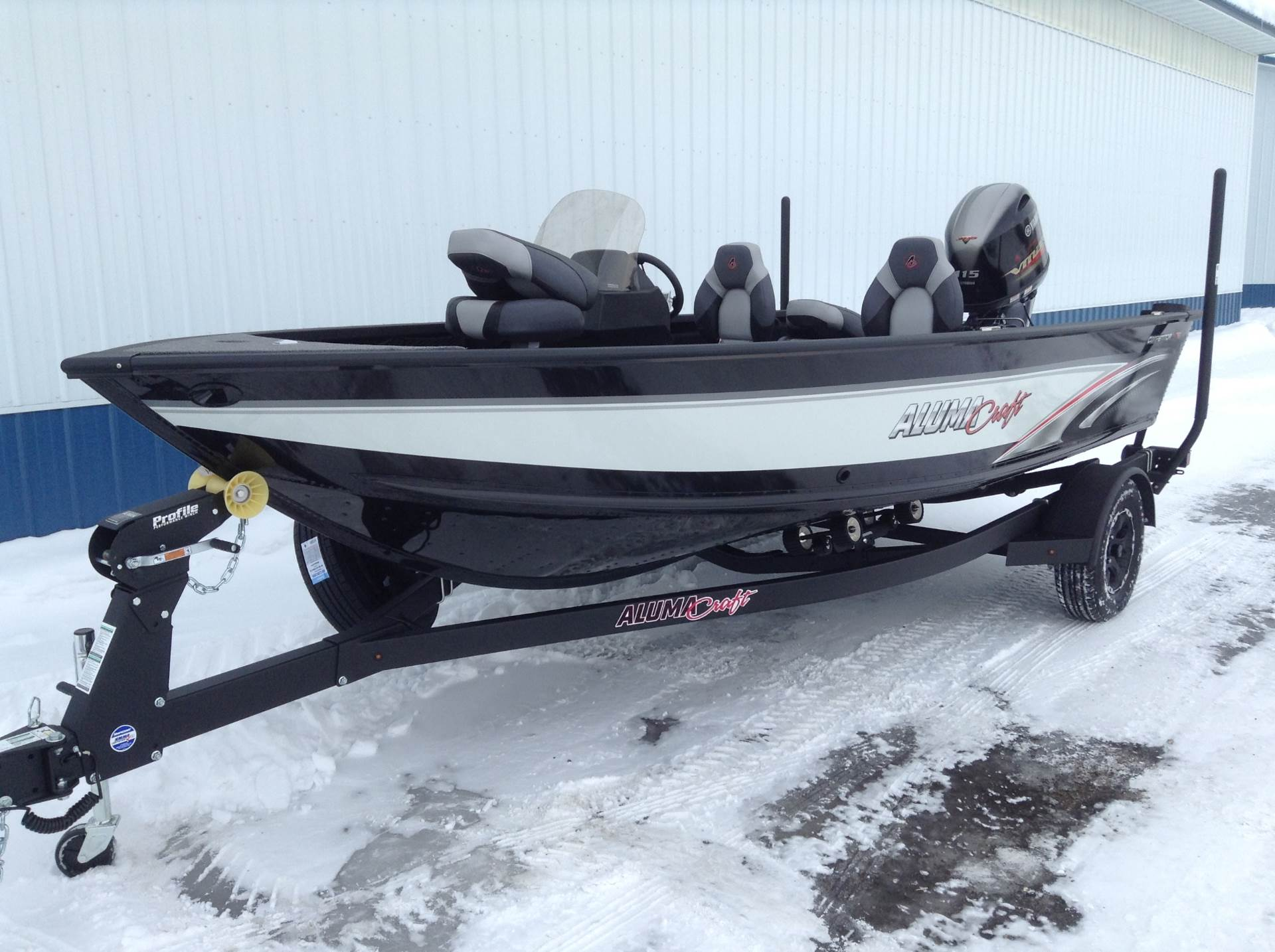 2019 Alumacraft Competitor 175 CS in Hutchinson, Minnesota - Photo 2
