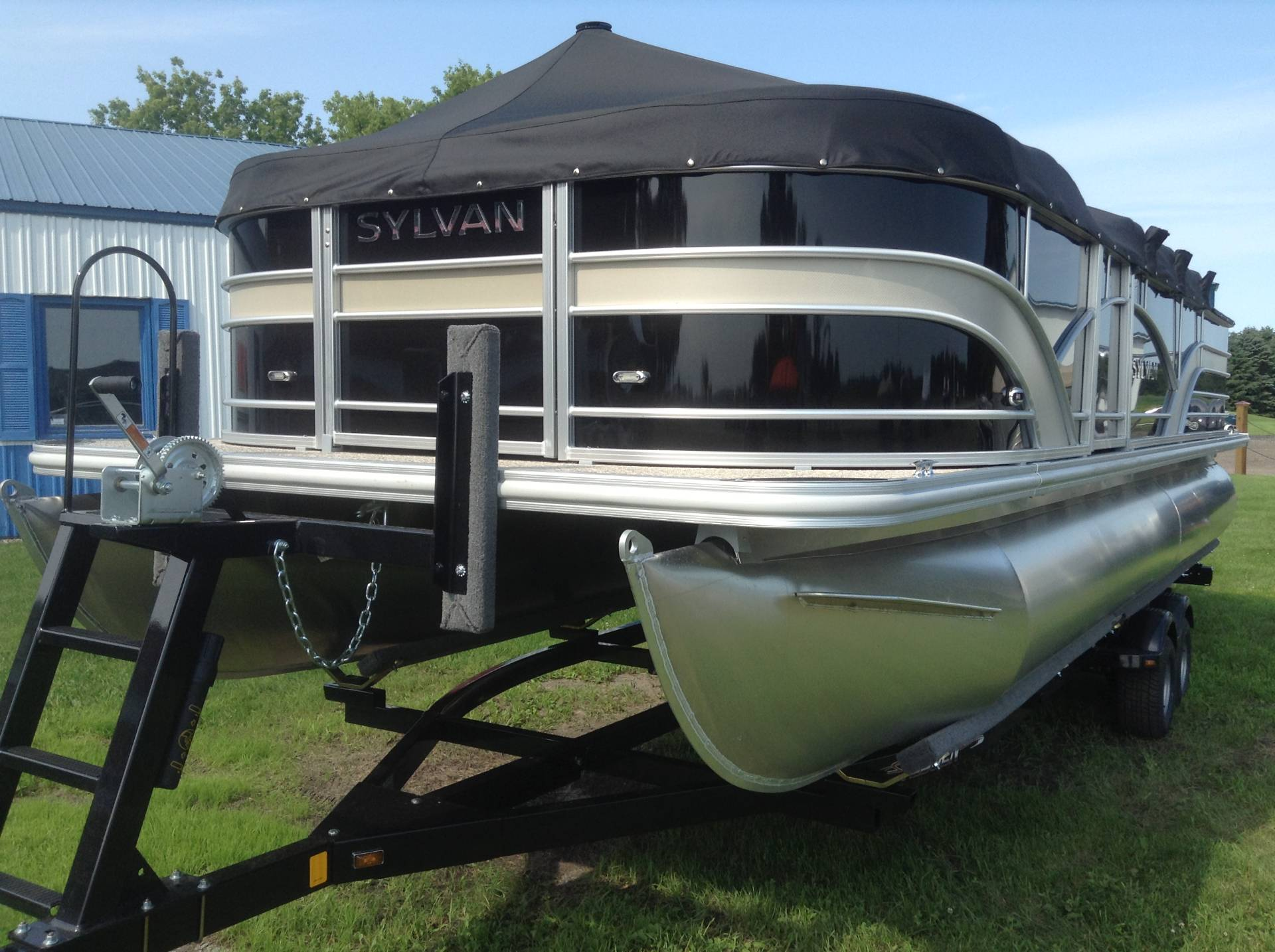 2018 Sylvan Mirage 8522 Party Fish LE in Hutchinson, Minnesota