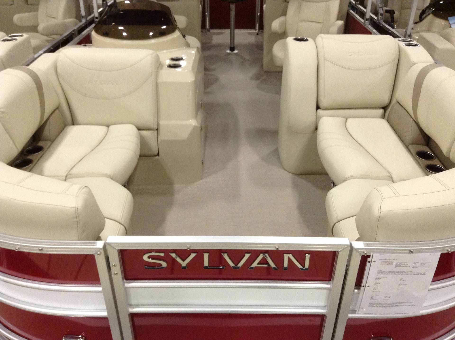 2018 Sylvan Mirage 8522 LZ in Hutchinson, Minnesota