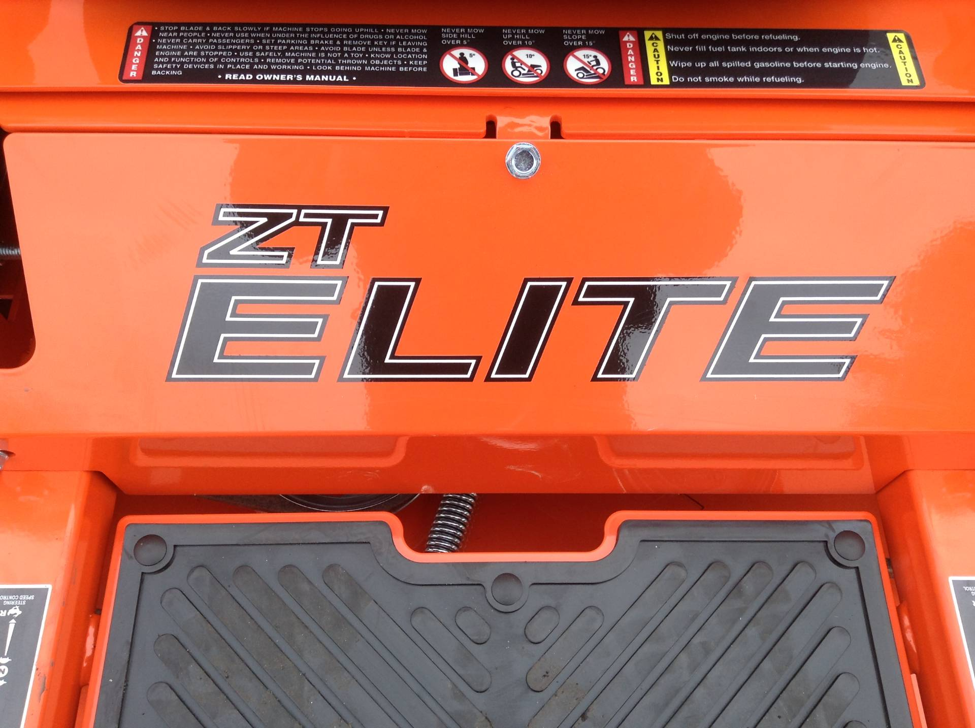 2018 Bad Boy Mowers ZT ELITE 48 in Hutchinson, Minnesota - Photo 17