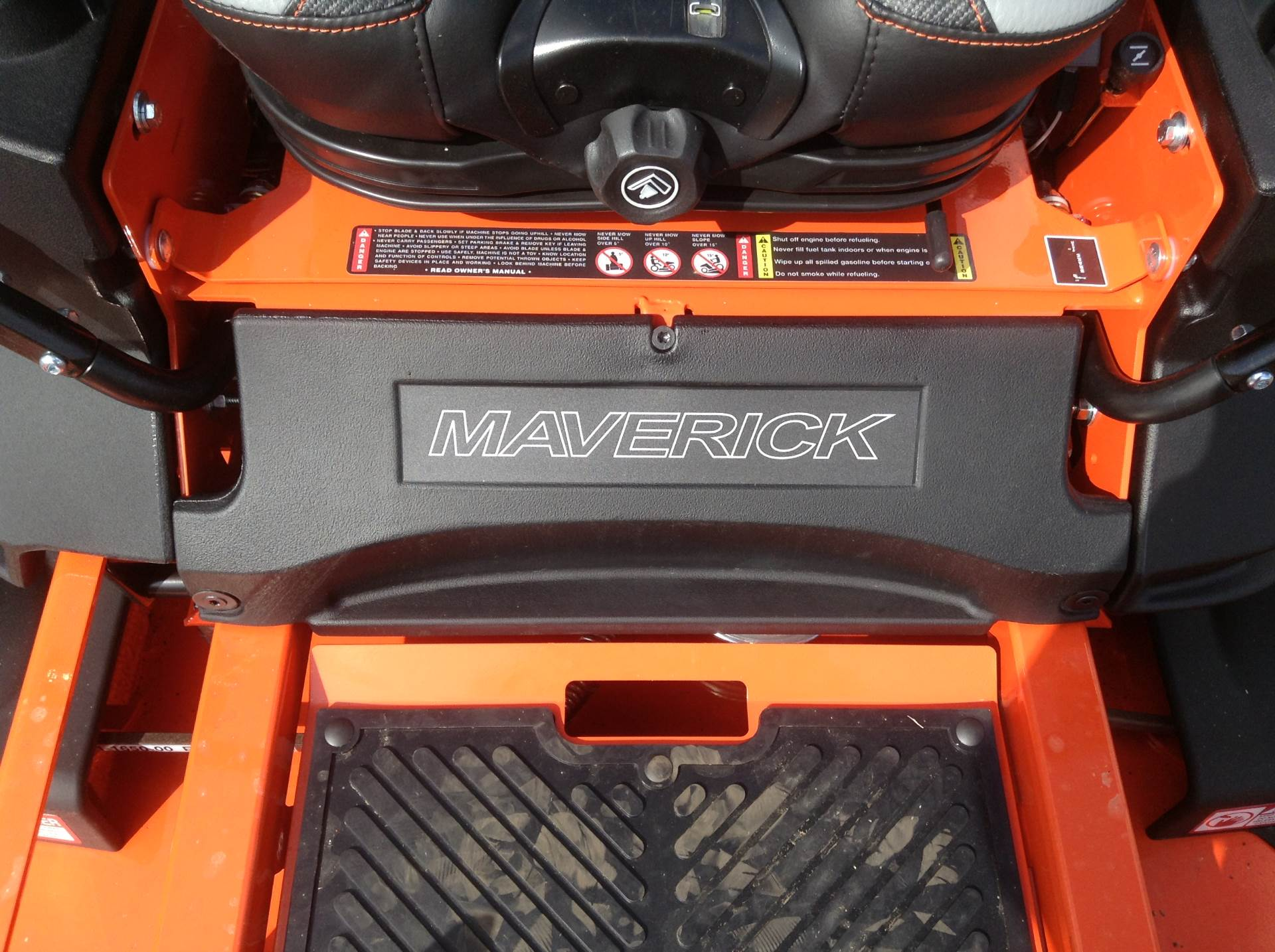 "2019 Bad Boy Mowers Maverick 60"" in Hutchinson, Minnesota - Photo 14"