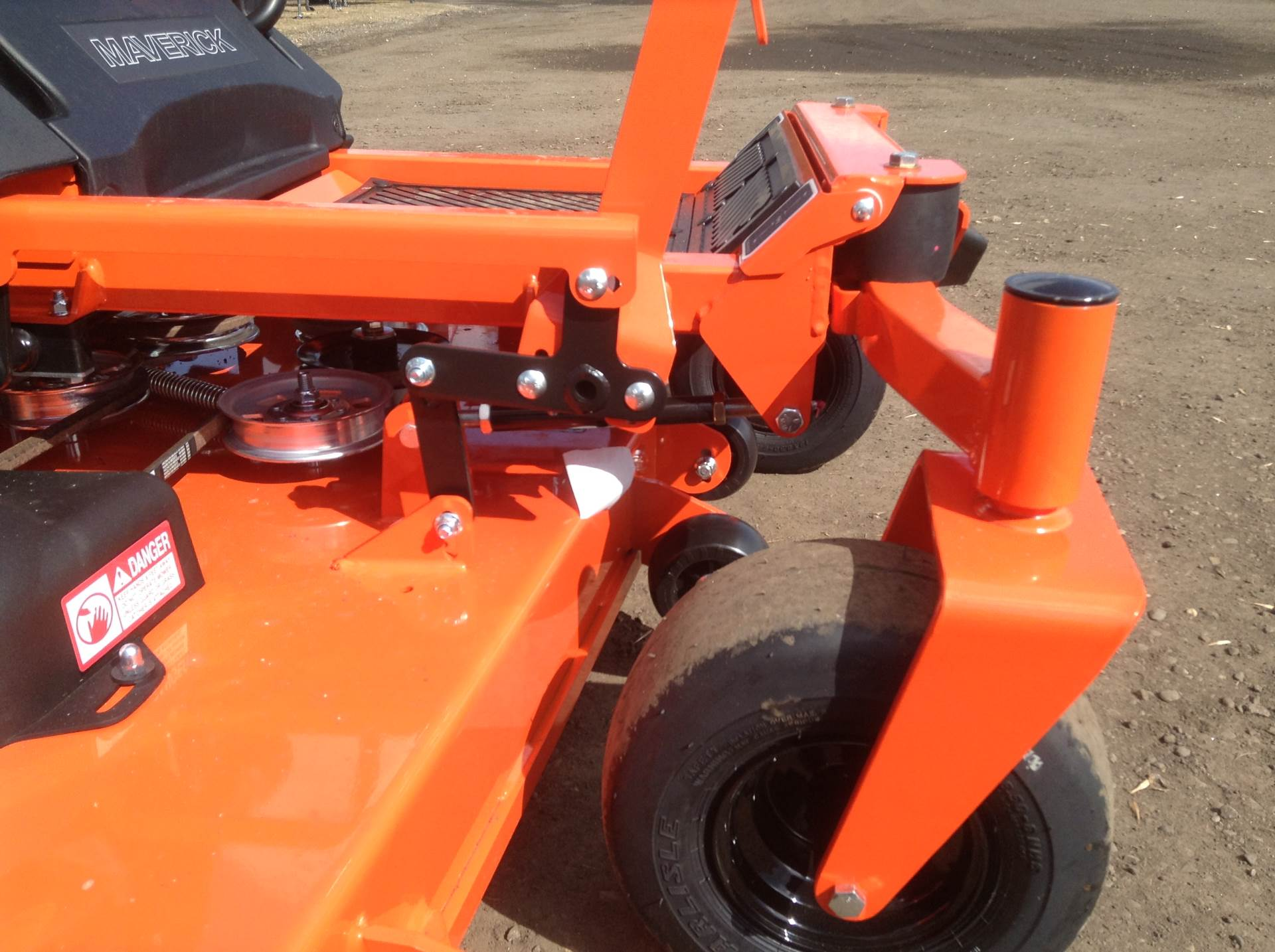 "2019 Bad Boy Mowers Maverick 60"" in Hutchinson, Minnesota - Photo 22"