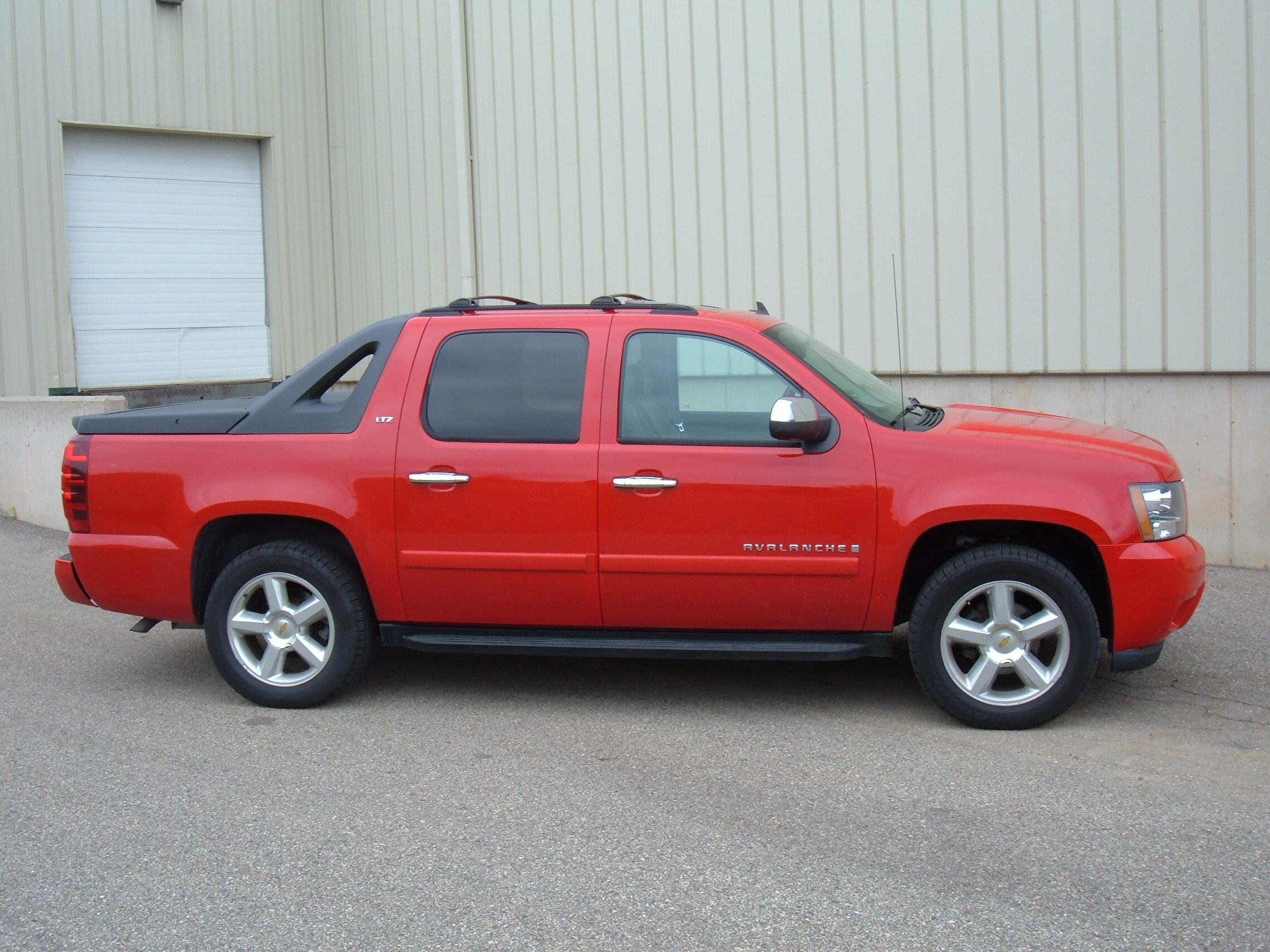 2008 Chevrolet Avalanche in Verona, Wisconsin