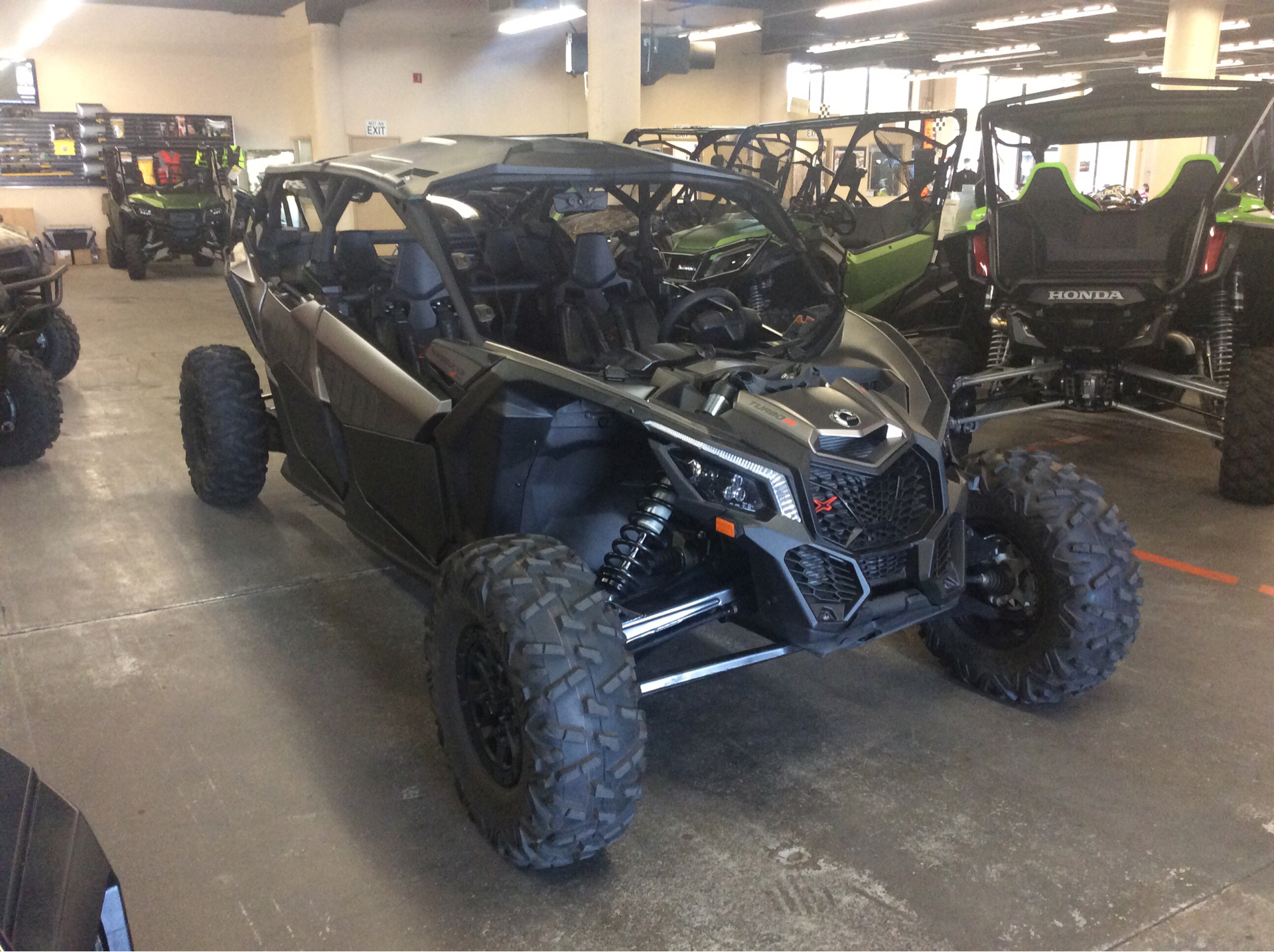 2018 Can-Am Maverick X3 Max X rs Turbo R in Bakersfield, California - Photo 1