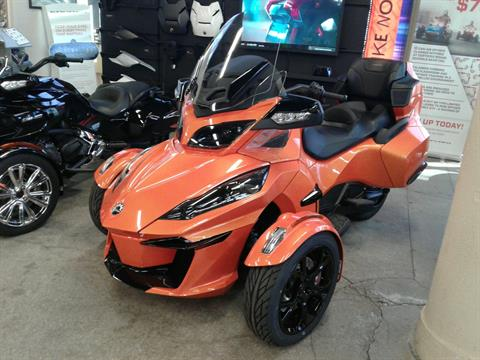 2019 Can-Am Spyder RT Limited in Bakersfield, California