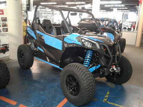 2019 Can-Am Maverick Sport X RC 1000R in Bakersfield, California