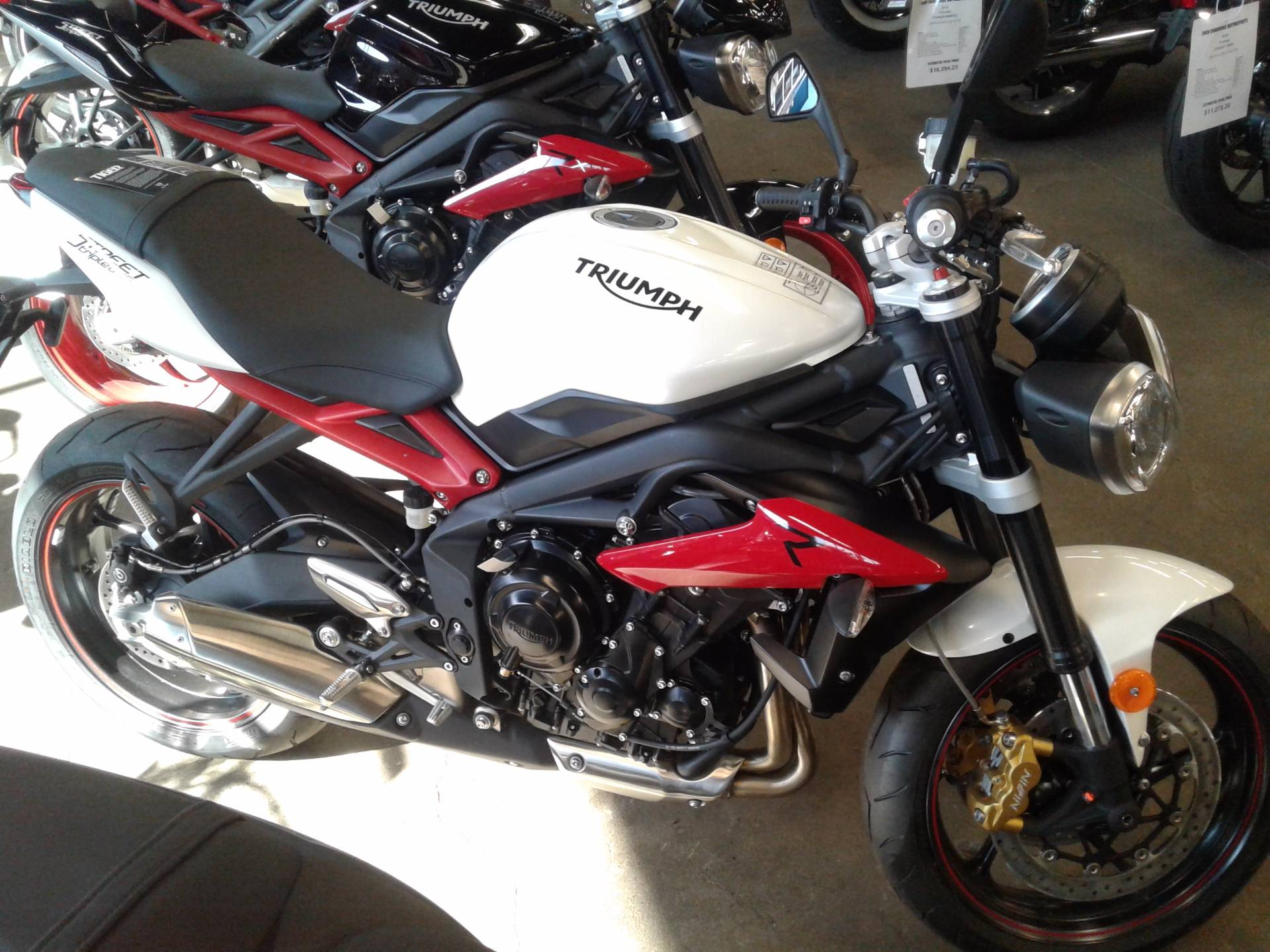 2017 Triumph Street Triple R in Bakersfield, California