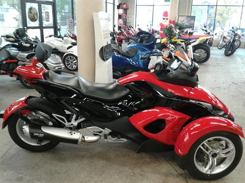 2009 Can-Am Spyder™ GS Roadster with SM5 Transmission (manual) in Bakersfield, California