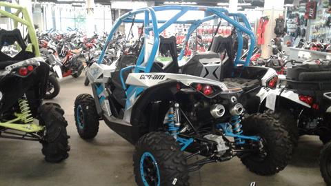 2016 Can-Am Maverick X ds Turbo in Bakersfield, California