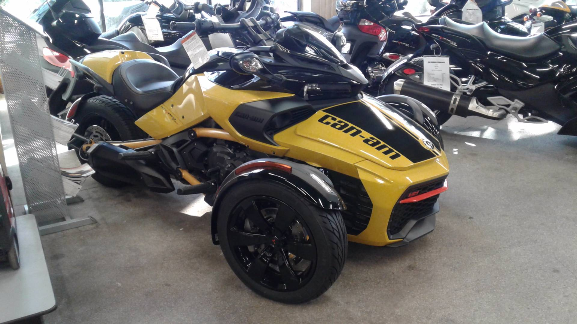 2017 Can-Am Spyder F3-S Daytona 500 SE6 in Bakersfield, California