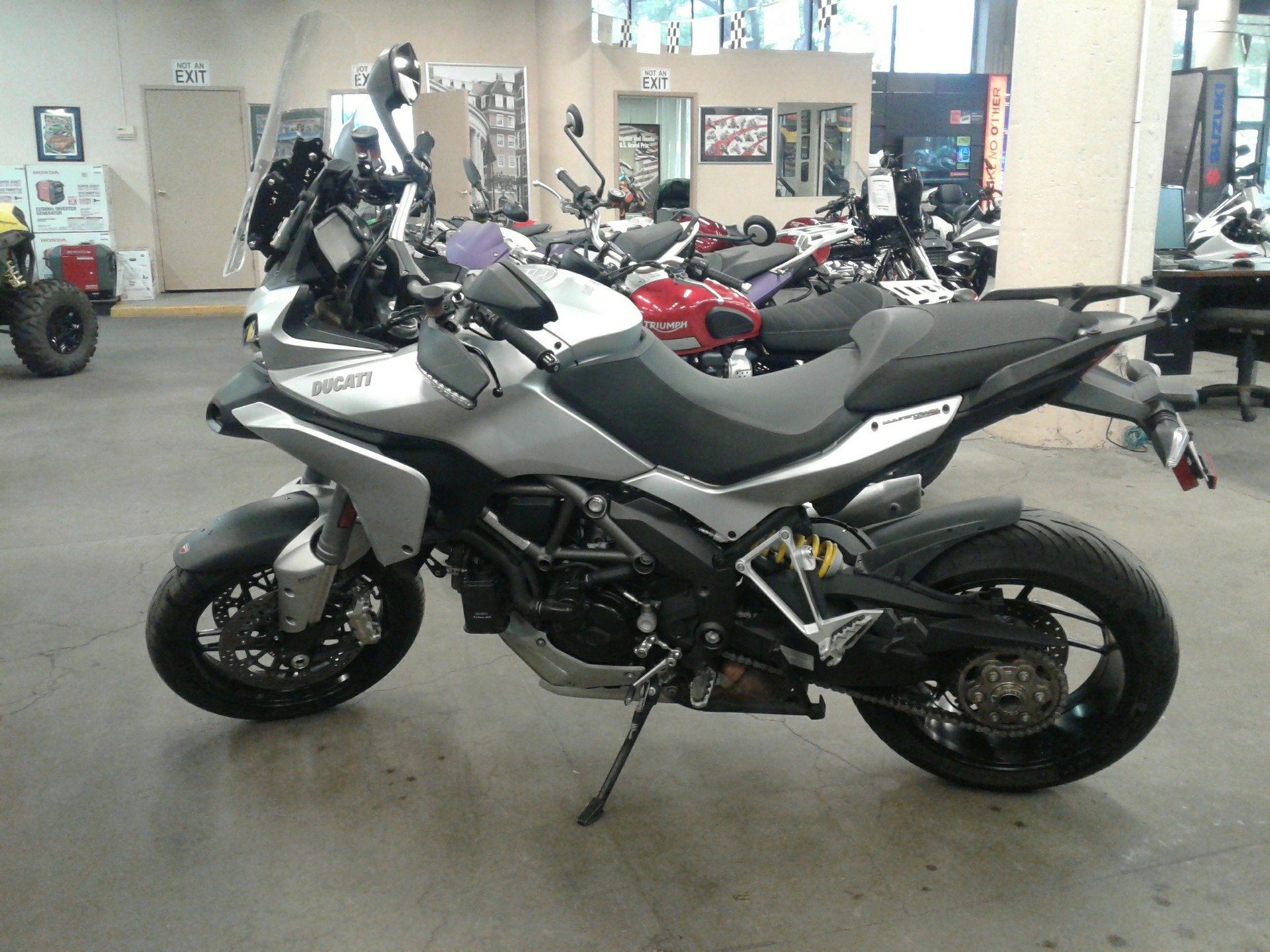 2014 Ducati Multistrada 1200 S Touring in Bakersfield, California - Photo 2