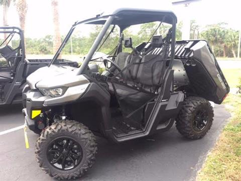2017 Can-Am DEFENDER XT HD10 in Hobe Sound, Florida